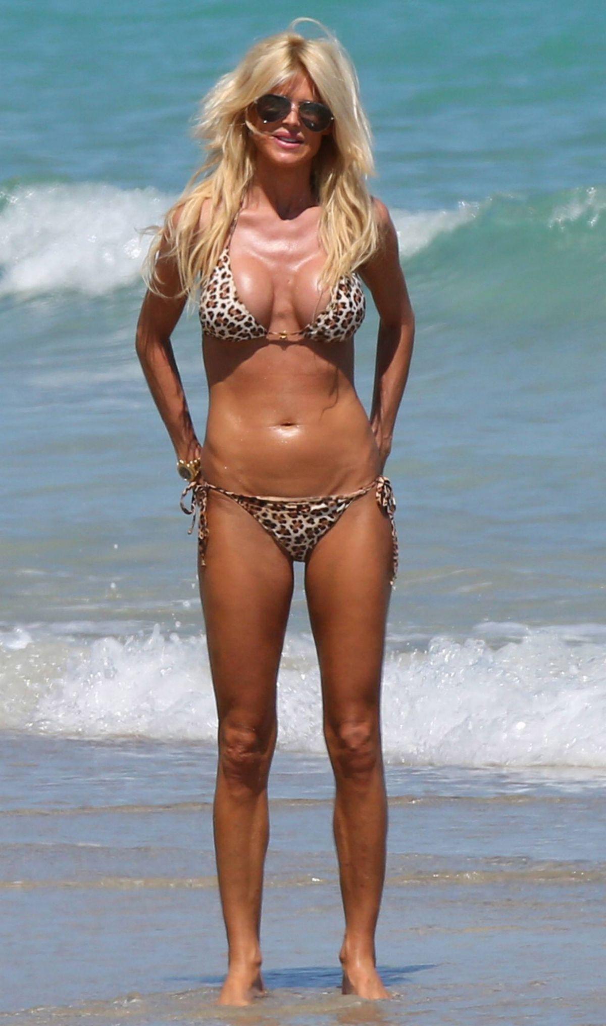 Bikini Victoria Silvstedt nude photos 2019