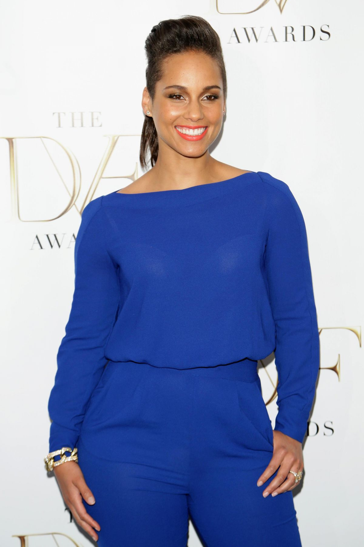 Alicia keys at 2014 dvf awards in new york