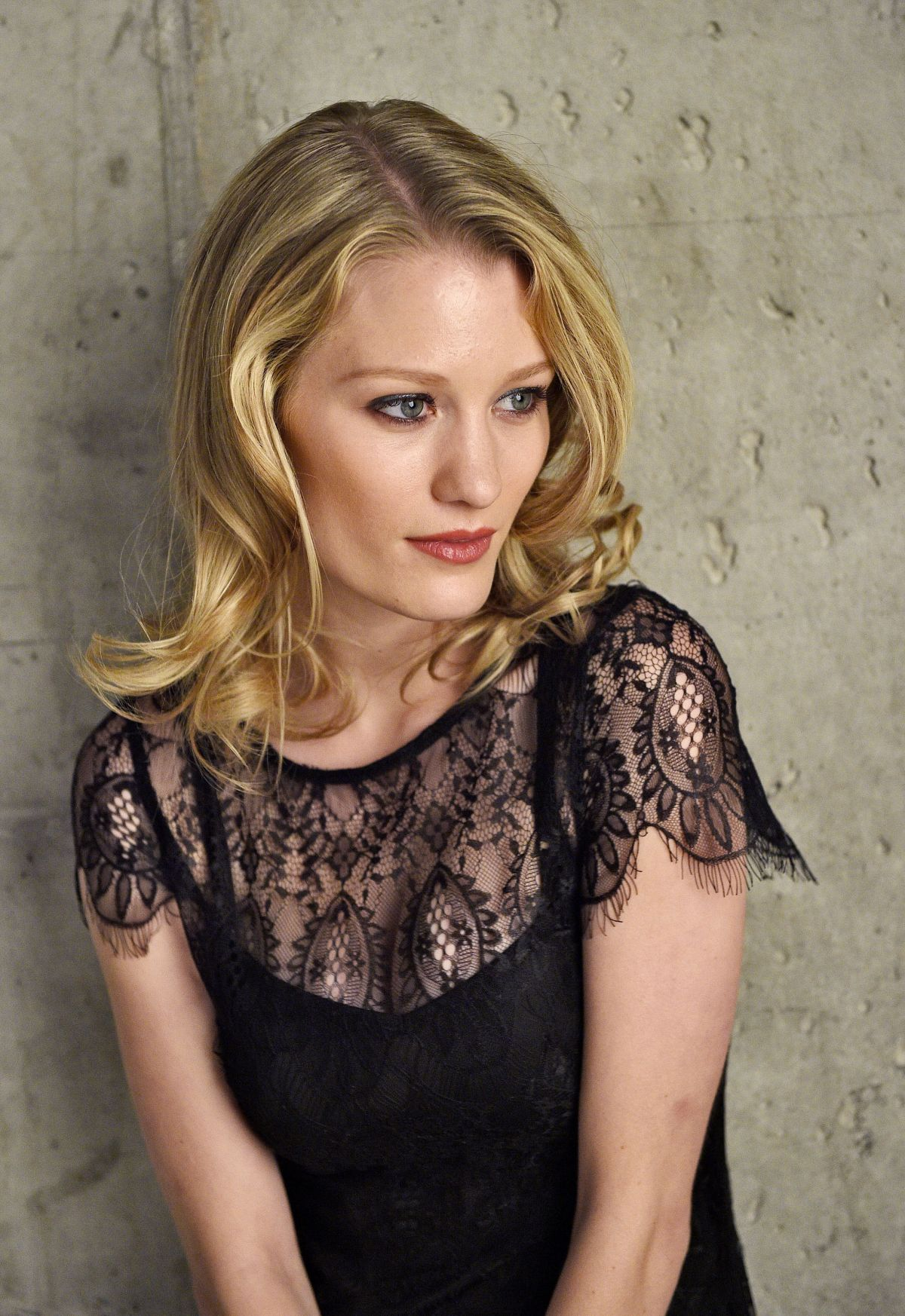 ASHLEY HINSHAW at Tribeca Film Festival 2014 Portrait Studio