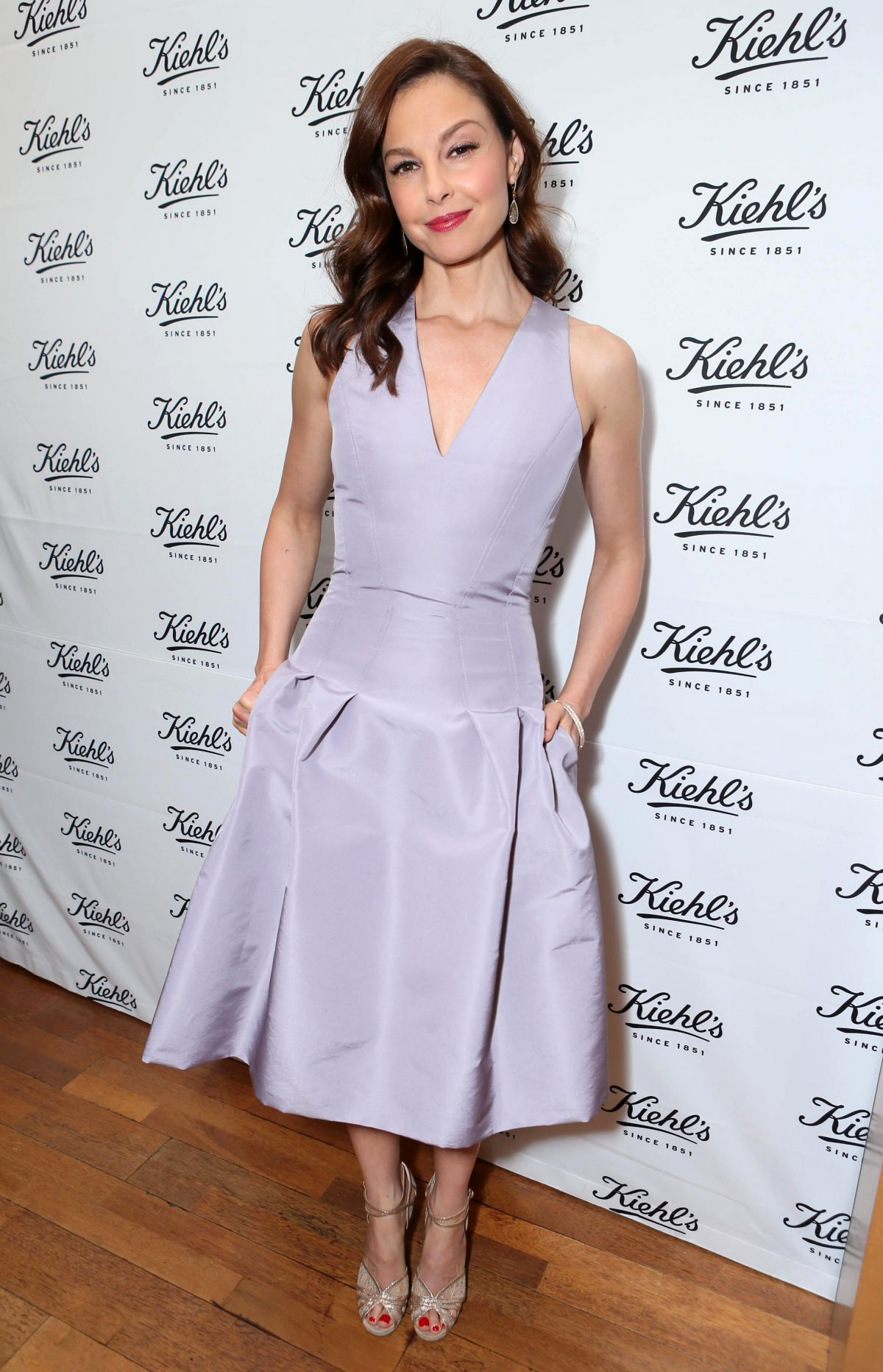 ASHLEY JUDD at Kiehl's Recycle Across America Benefit Event in Santa Monica