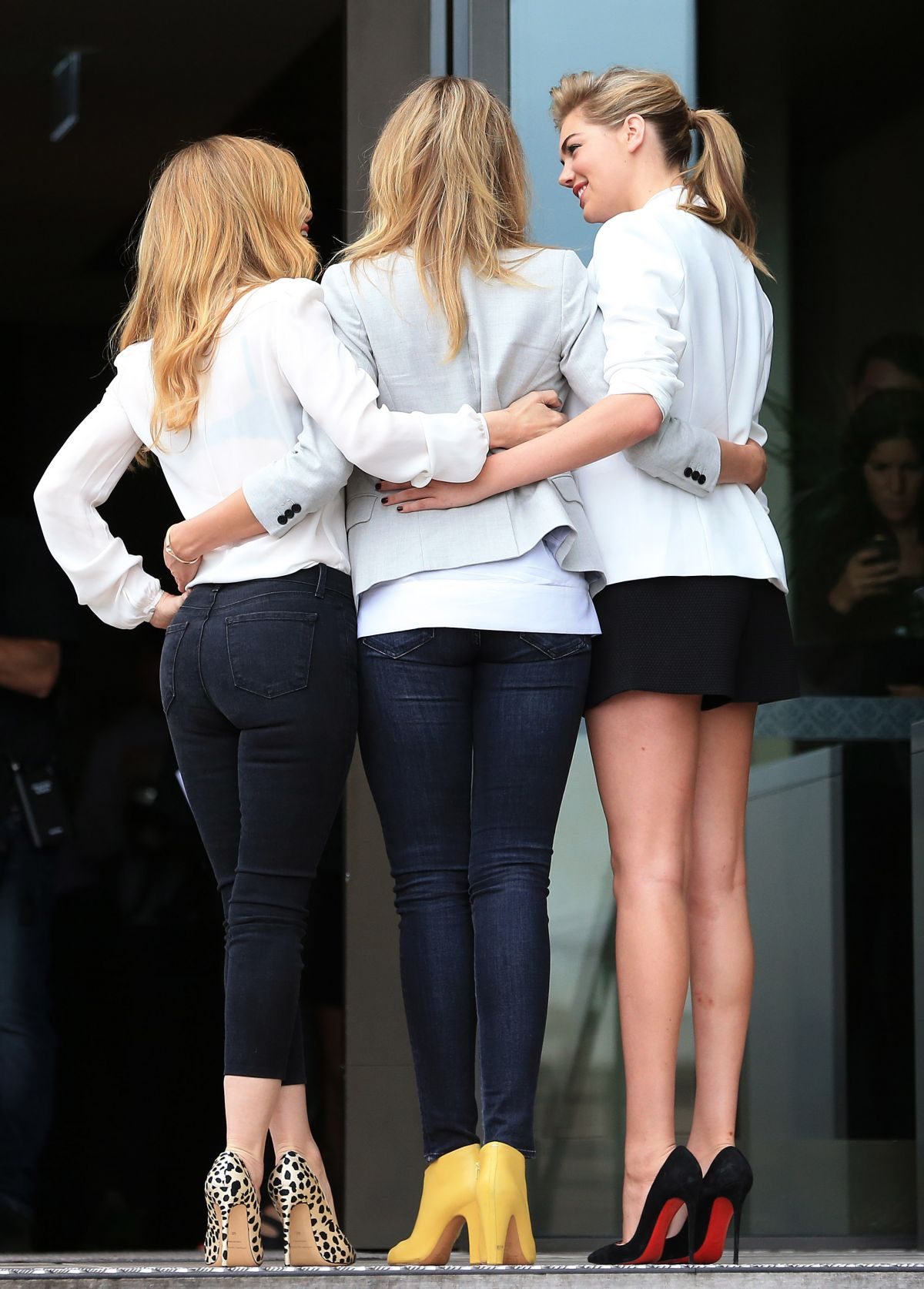Cameron Diaz, Leslie Mann And Kate Upton At The Other -2299