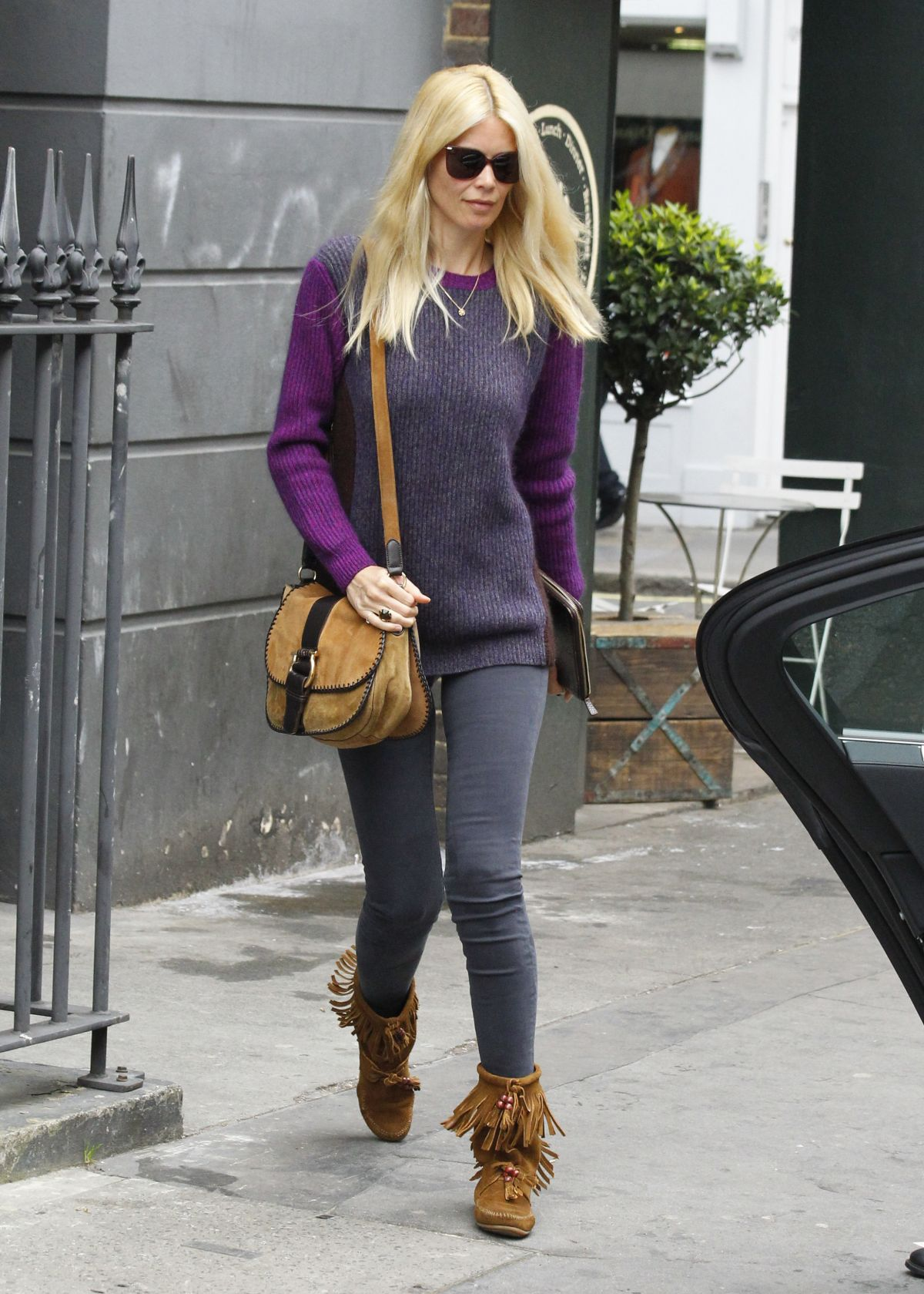 CLAUDIA SCHIFFER Out and About in London