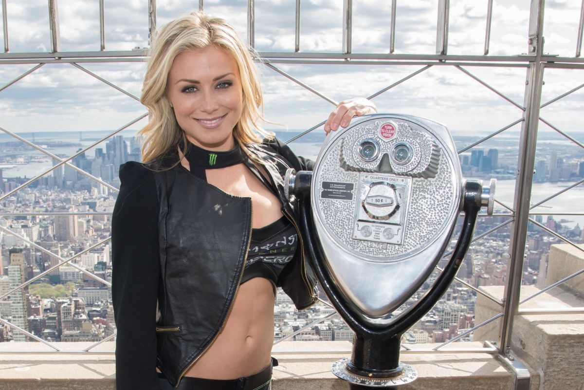 DIANNA DAHLGREN at Empire State Building in New York
