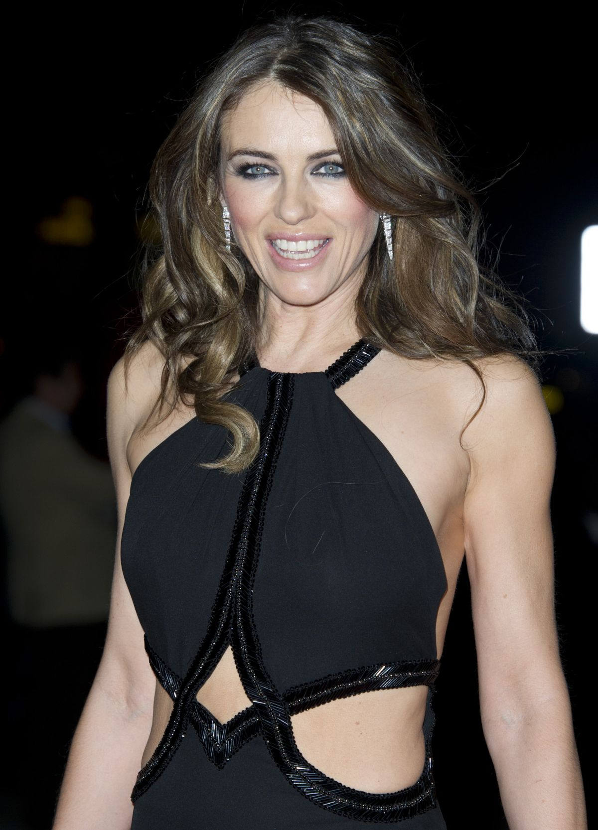 ELIZABETH HURLEY at The Glamour of Italian Fashion Private Dinner in London
