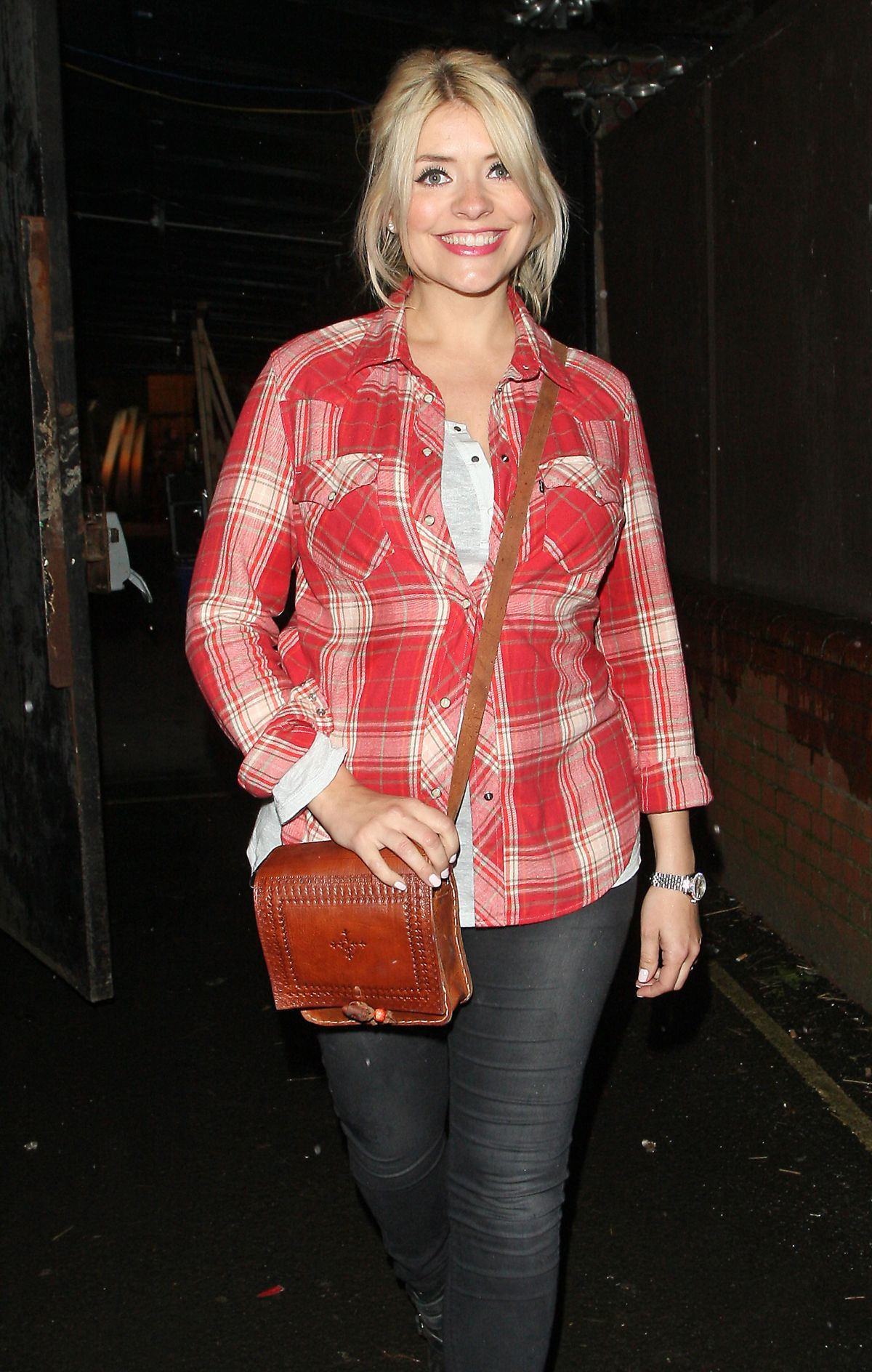 HOLLY WILLOUGHBY Arrives at Riverside Studios in London