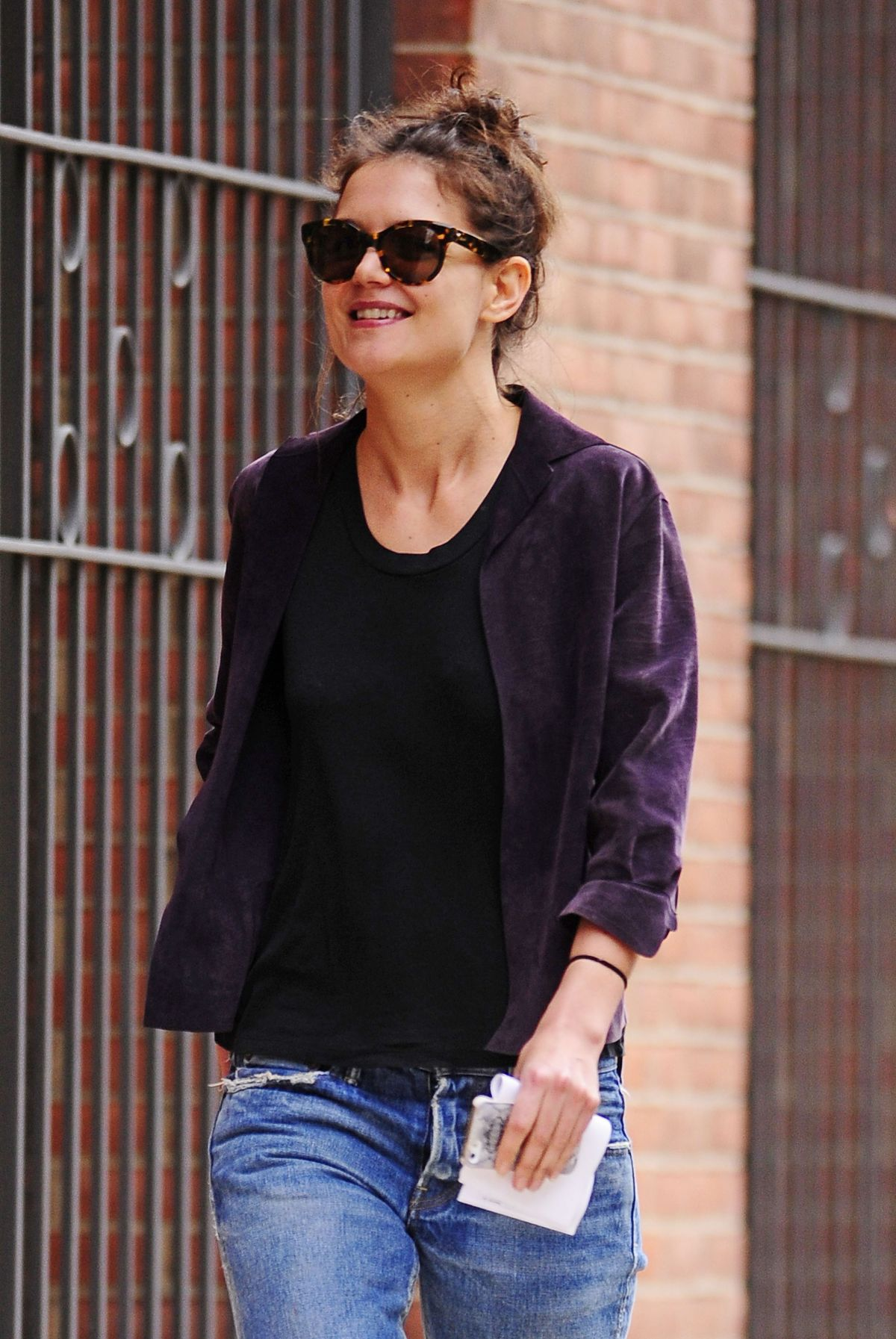 KATIE HOLMES Out and About in New York 01.04.
