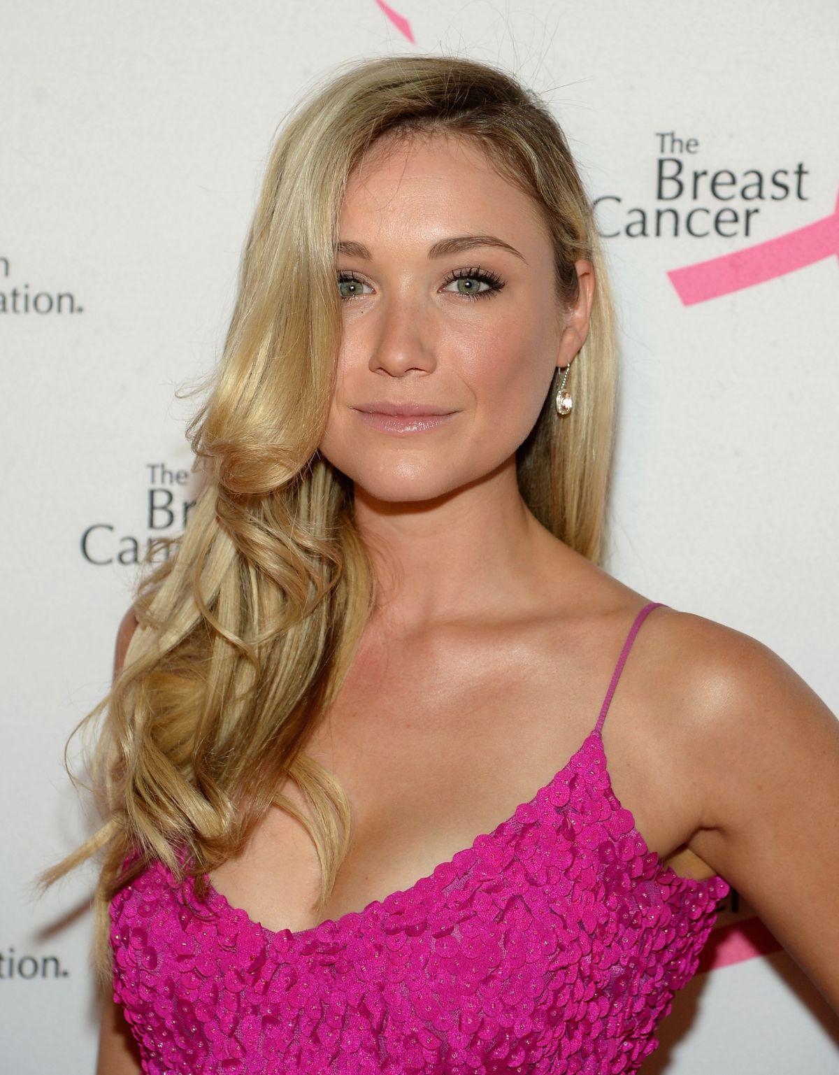 KATRINA BOWDEN at Breast Cancer Foundation's Hot Pink ...