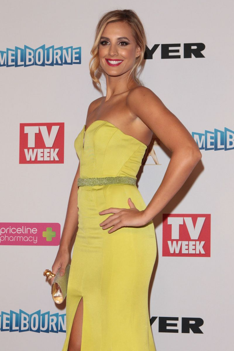 LAURA DUNDOVIC at 2014 Logie Awards in Melbourne