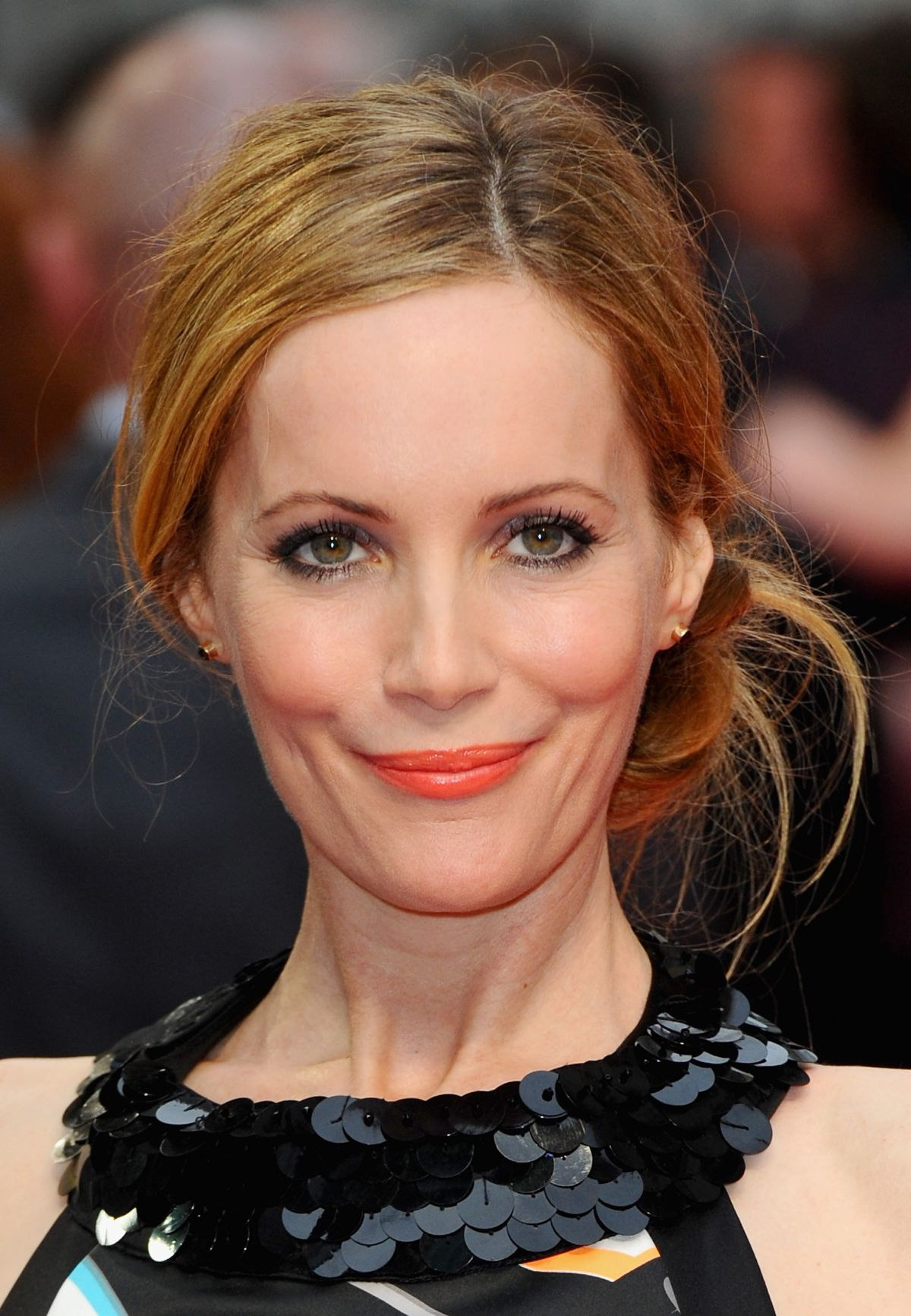 <b>LESLIE MANN</b> at The Other Woman Premiere in London - leslie-mann-at-the-other-woman-premiere-in-london_2