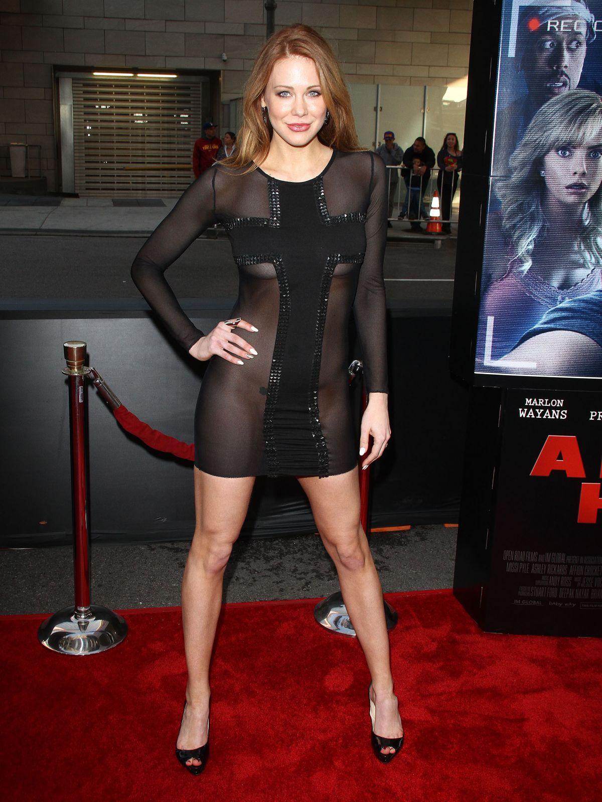 Фото актрис в прозрачных платьях 16 фотография
