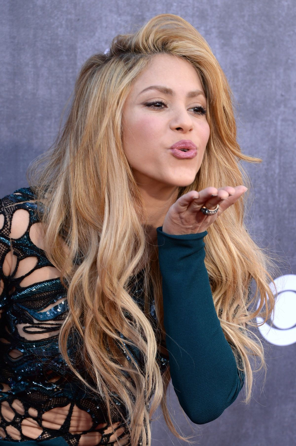 SHAKIRA at 2014 Academy of Country Music Awards - HawtCelebs Shakira