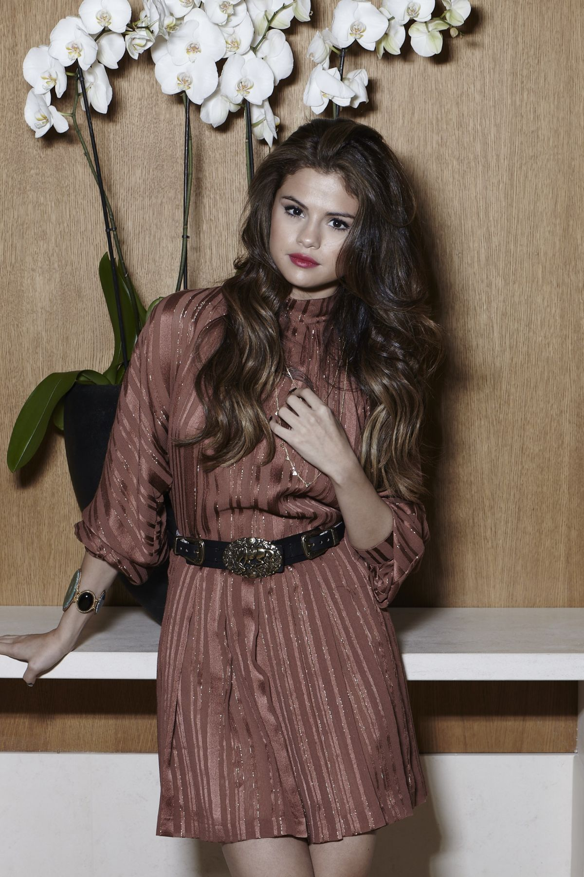 SLENA GOMEZ - selenagomez.bz Website Photoshoot