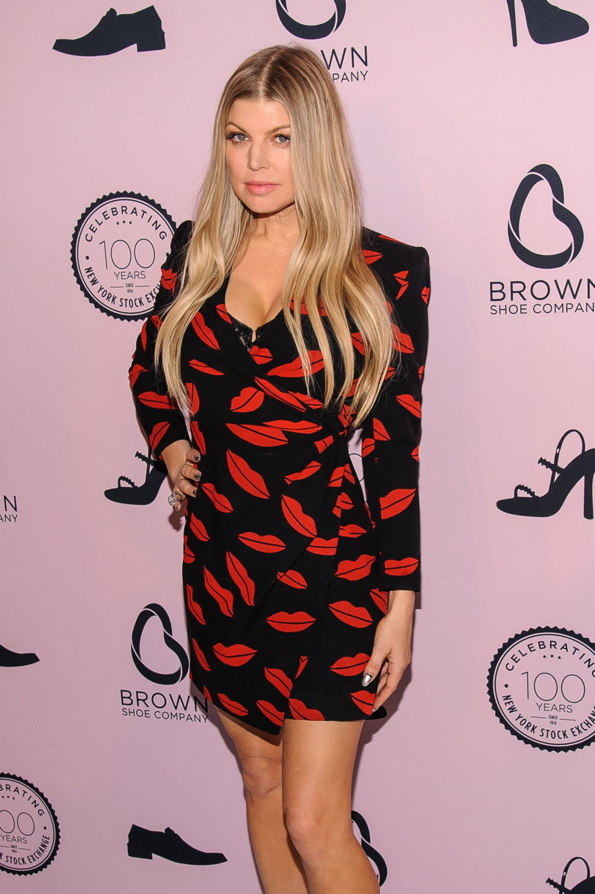 STACY FERGIE FERGUSON at Brown Shoe Company Event