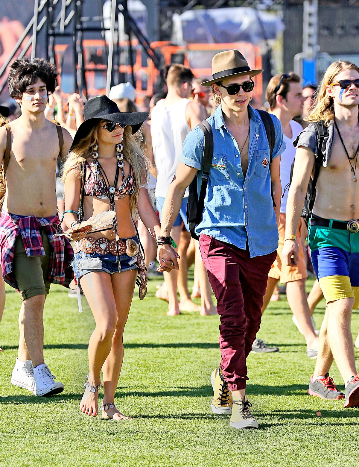 Coachella Music and Arts Festival in Indio  HawtCelebs  HawtCelebs