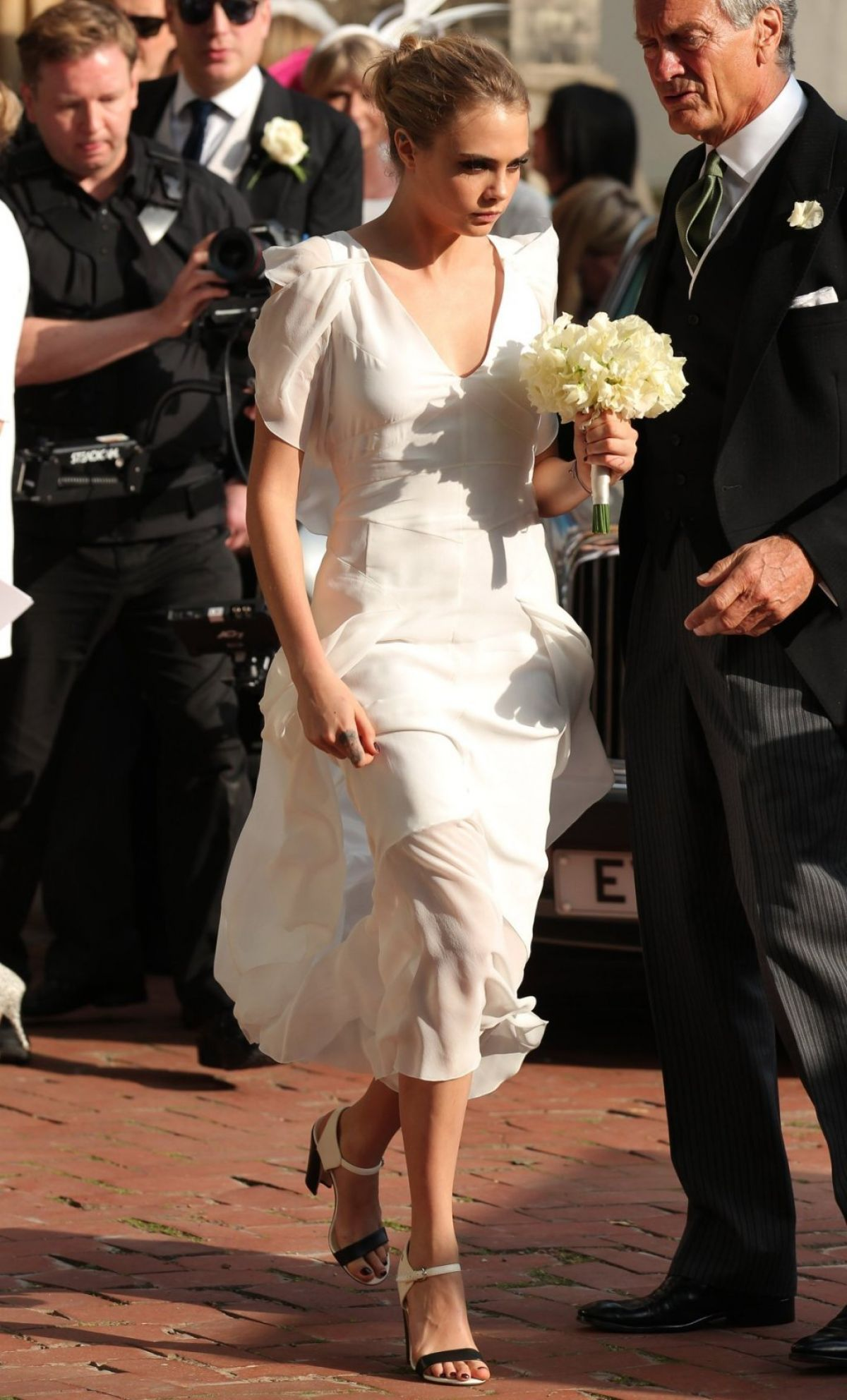 cara delevingne at her sister�s wedding in london hawtcelebs