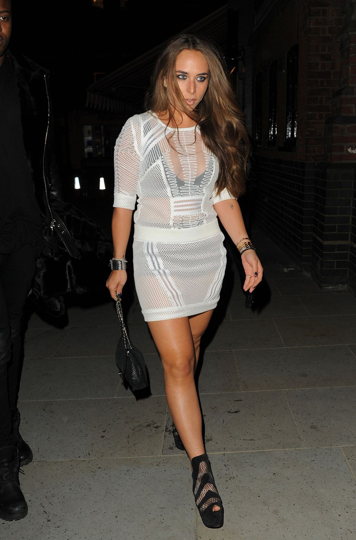chloe green leaves the firehouse club in london hawtcelebs. Black Bedroom Furniture Sets. Home Design Ideas