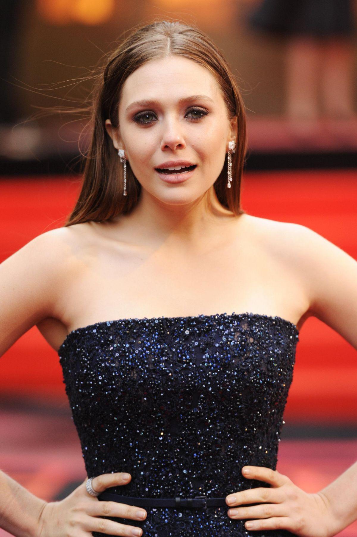 ELIZABETH OLSEN at Godzilla Premiele in London