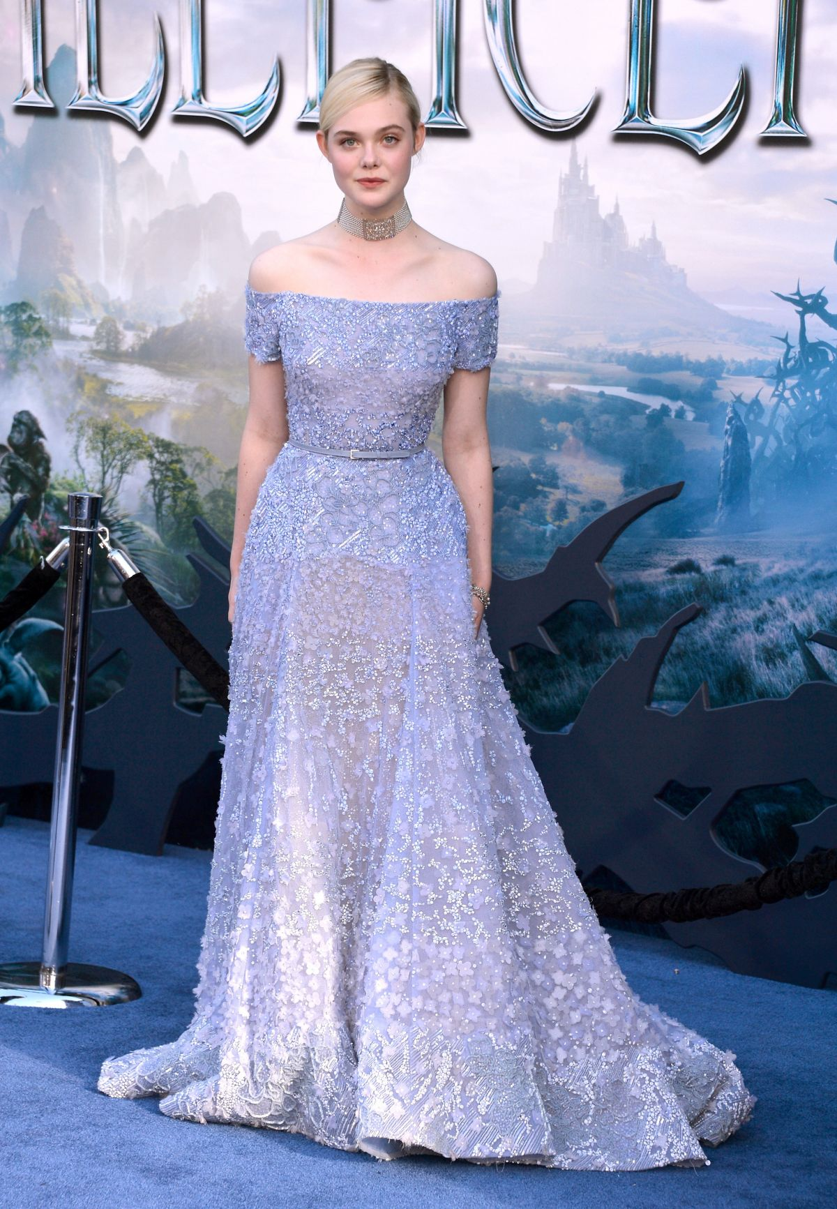 Amazoncom Maleficent Plus Bonus Features Angelina