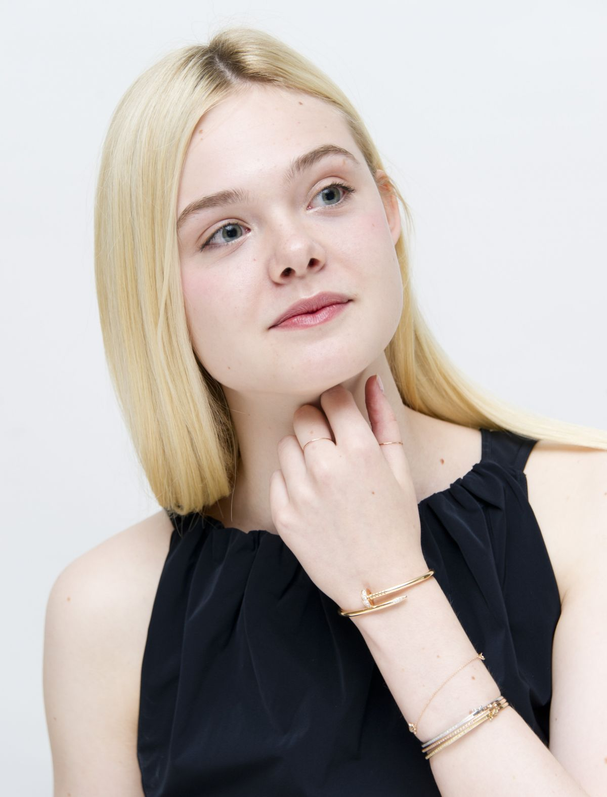 Elle Fanning Covers Fashion Magazine Says She Loves Being: 1000+ Images About ElleFanning On Pinterest