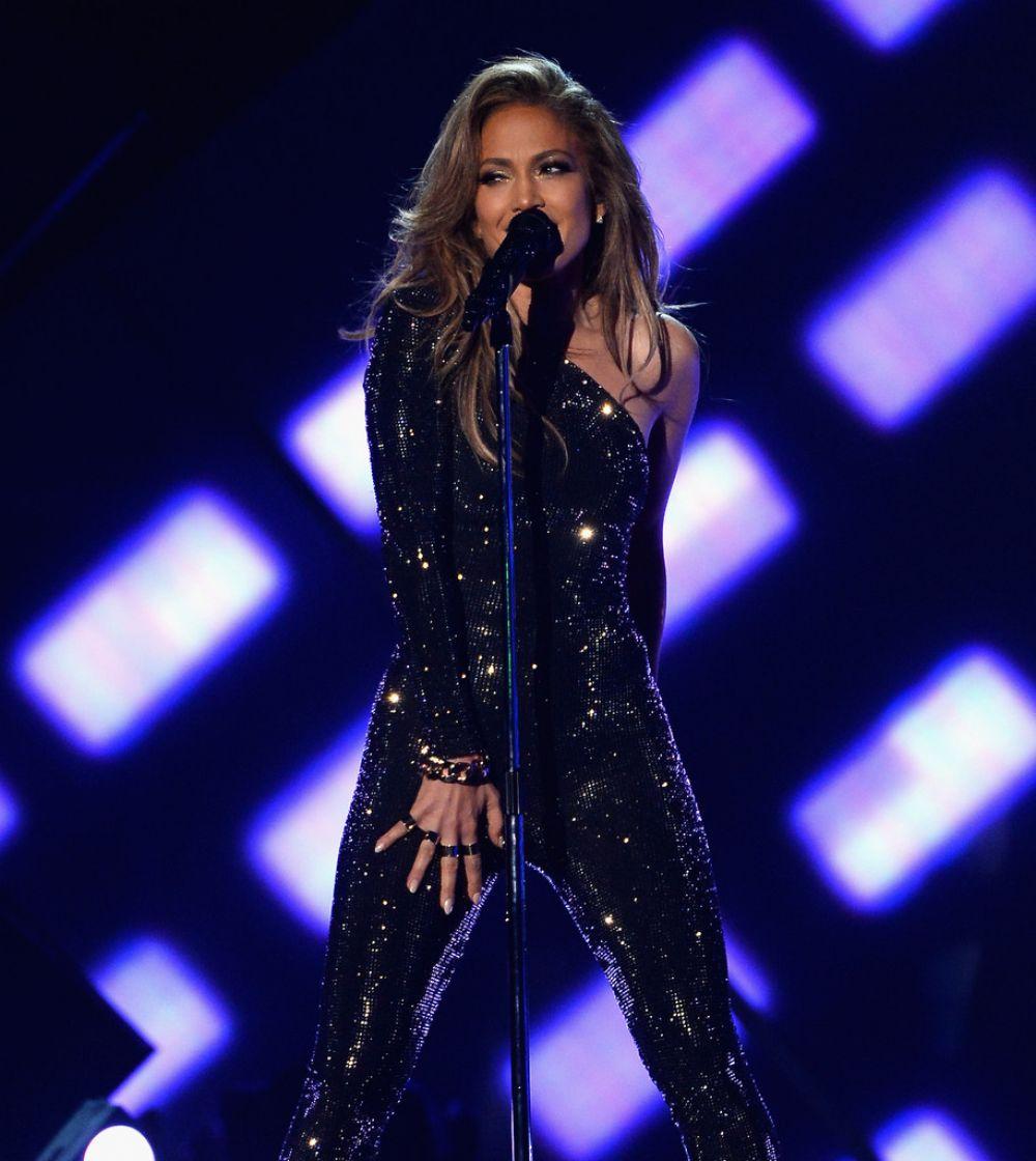 JENNIFER LOPEZ at Billboard Music Awards 2014 in Las Vegas