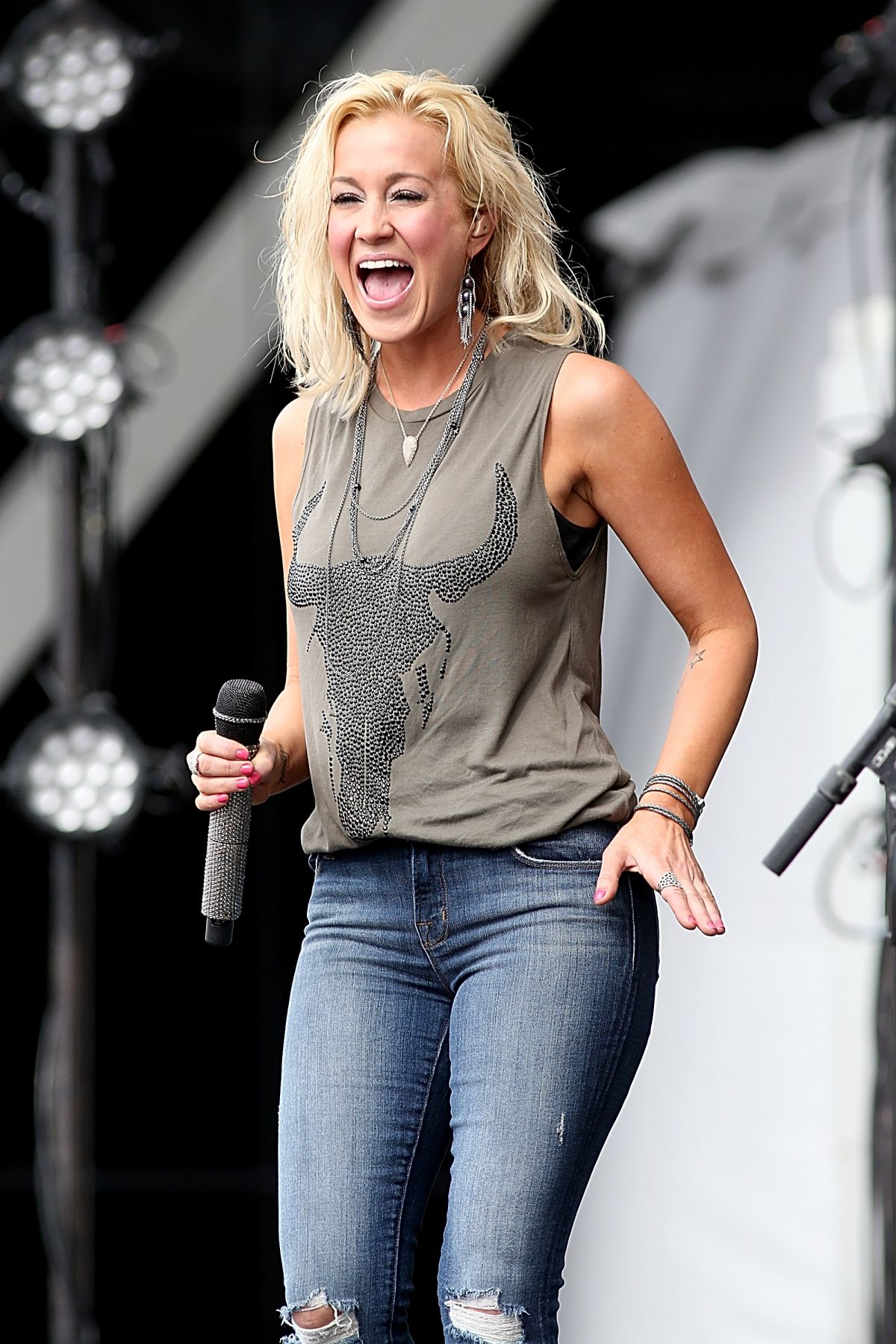 kellie pickler show