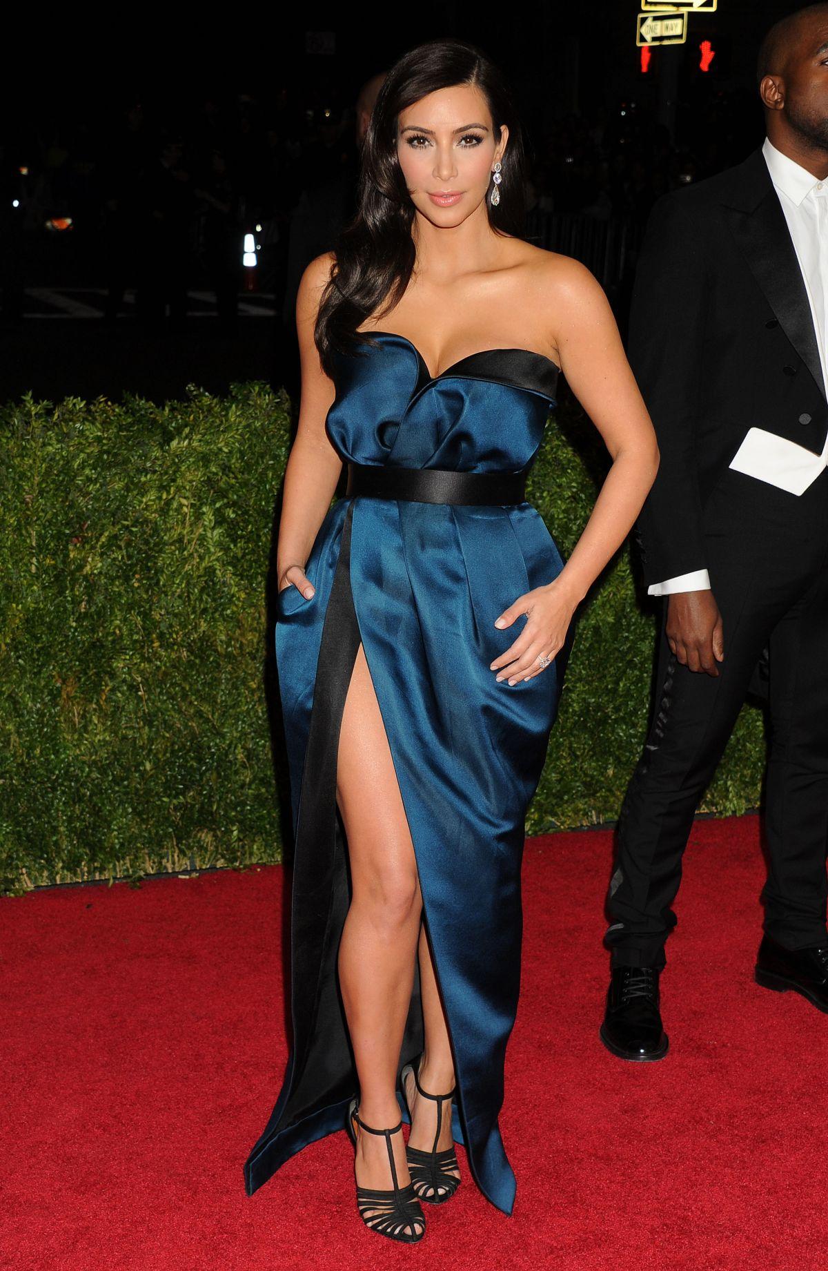 Kim Kardashians Memorable Red Carpet Looks From 2014