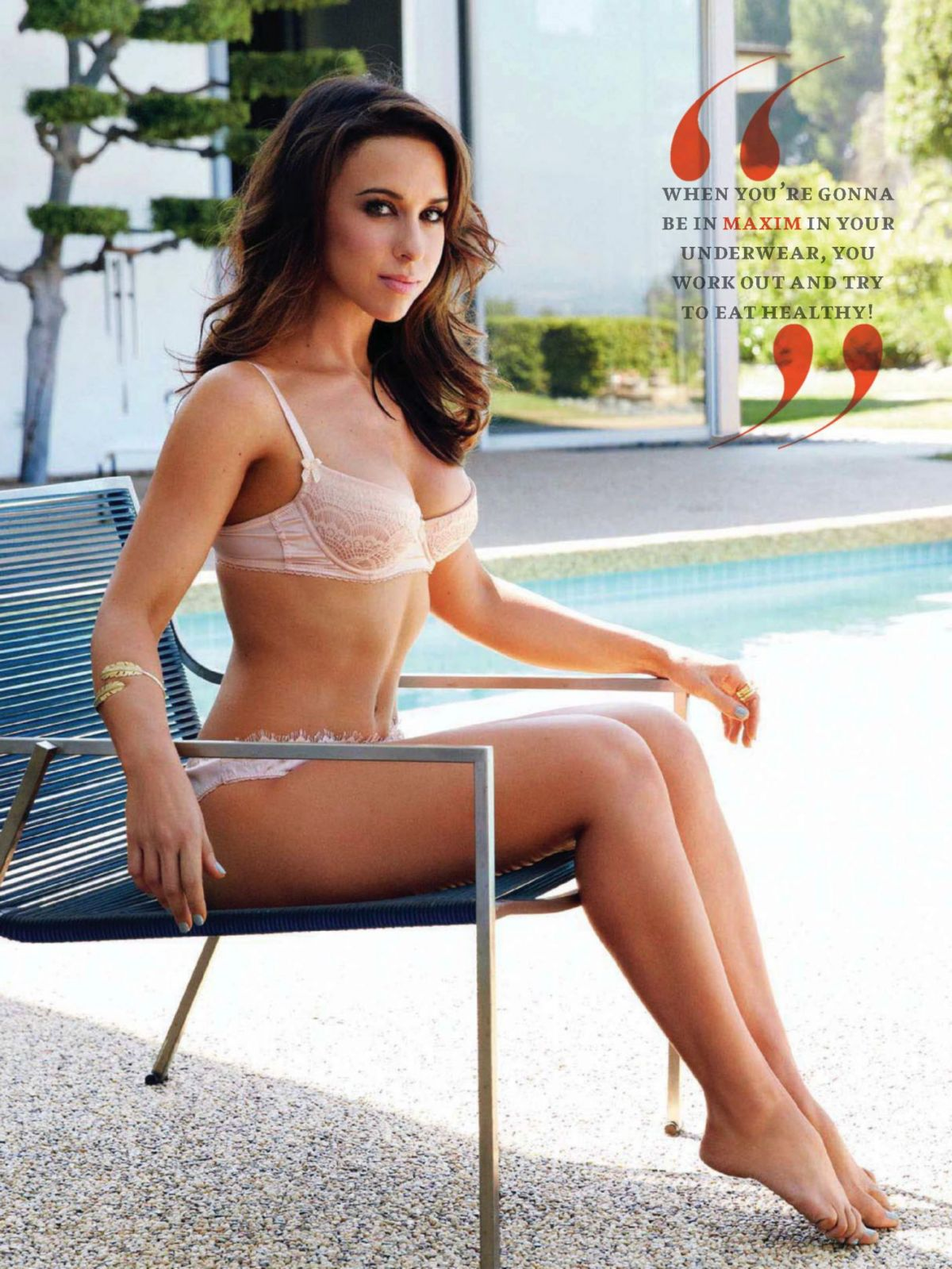 Sexy Lacey Chabert Photos Near-Nude