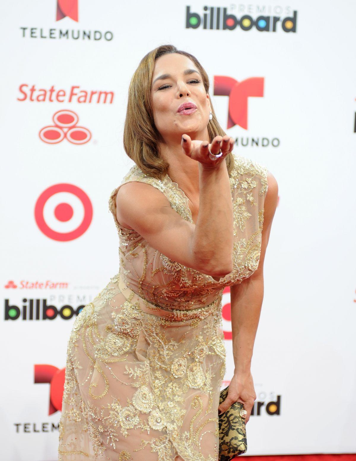 LIS VEGA at 2014 Billboard Latin Music Awards in Miami