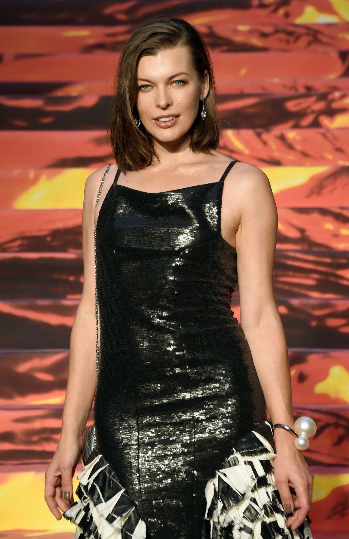MILLA JOVOVICH at Pompeii Premiere in Tokyo - HawtCelebs - HawtCelebs Milla Jovovich