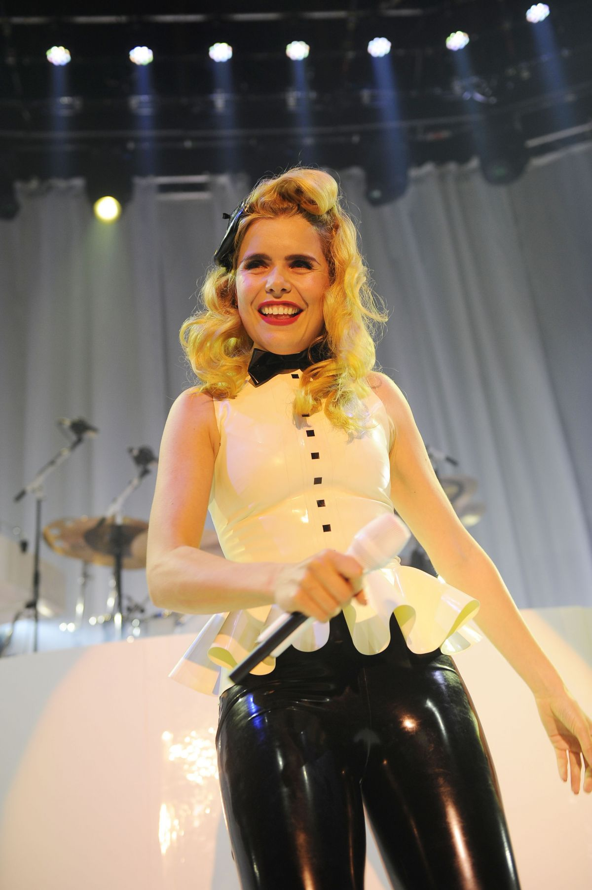 paloma faith only love скачать