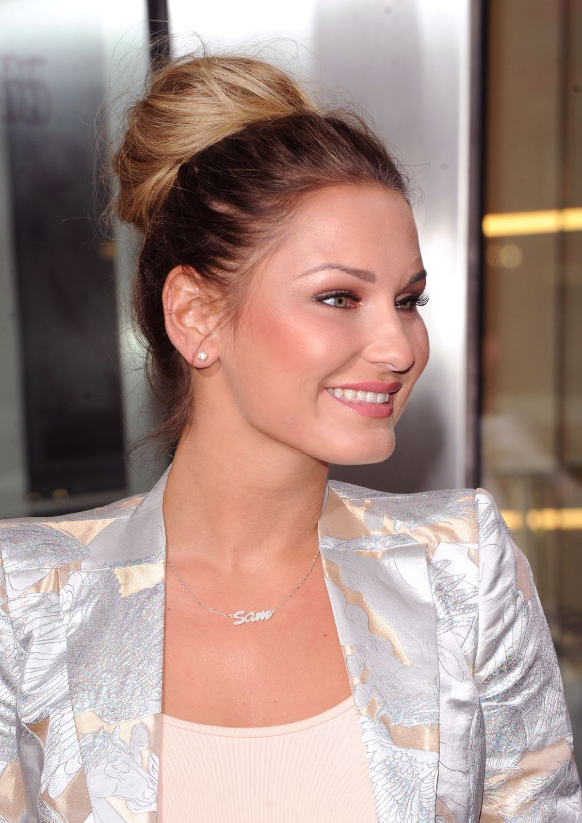 Sam Faiers At Pandora Myringsmystyle Launch In London