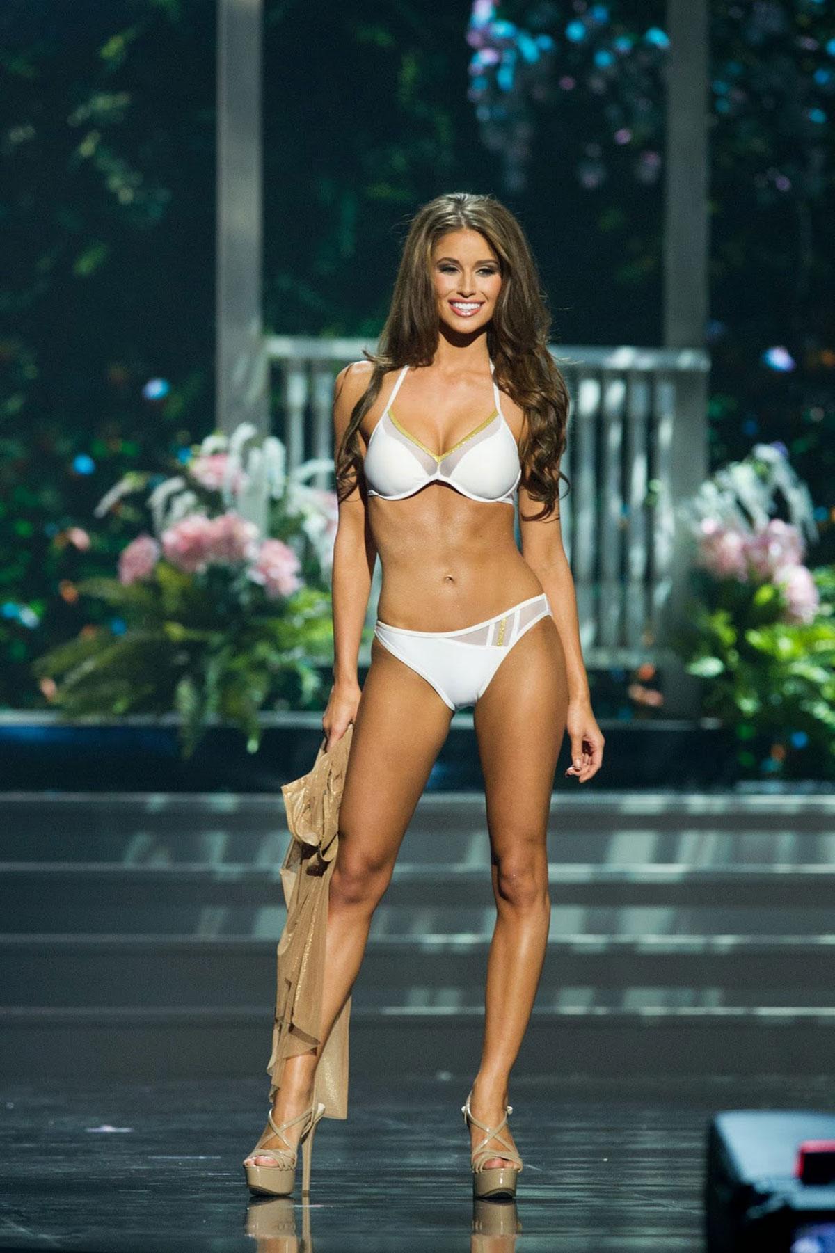 Bikini Nia Sanchez nudes (36 photo), Ass, Is a cute, Selfie, braless 2015