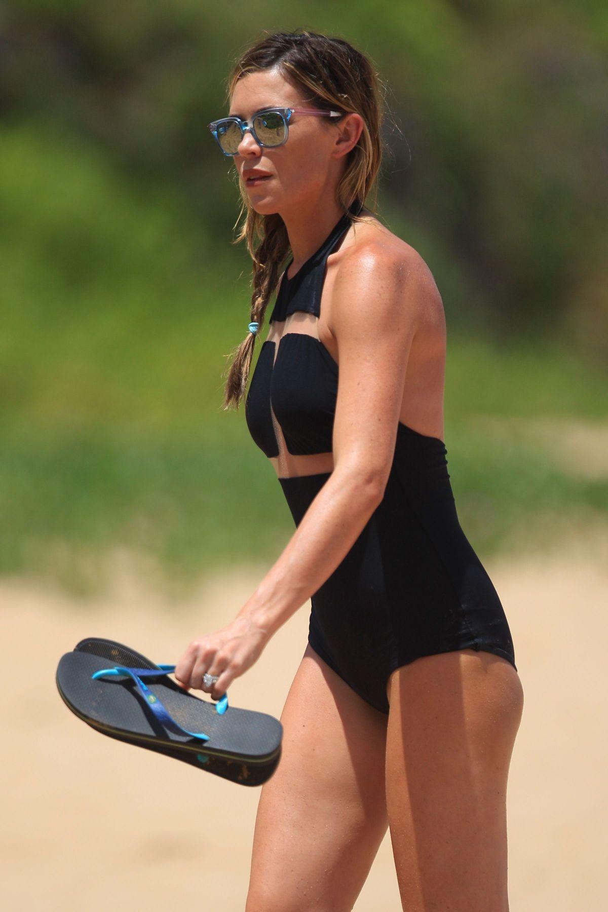 abigail clancy british swimsuit - photo #27