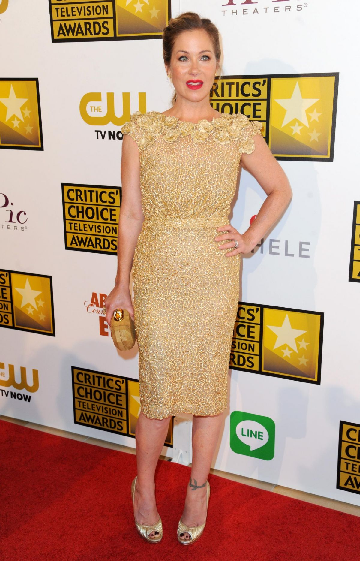 CHRISTINA APPLEGATE at 2014 Critics Choice Television Awards in Beverly Hills