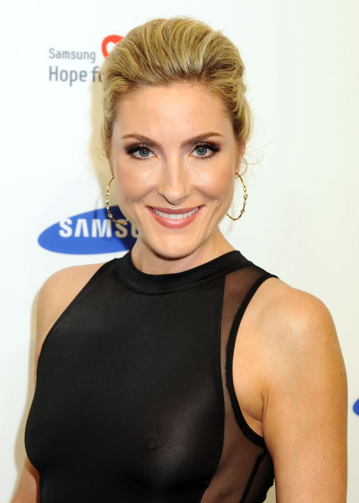 ERIN GILBERT at Samsung Hope for Children Gala in New York