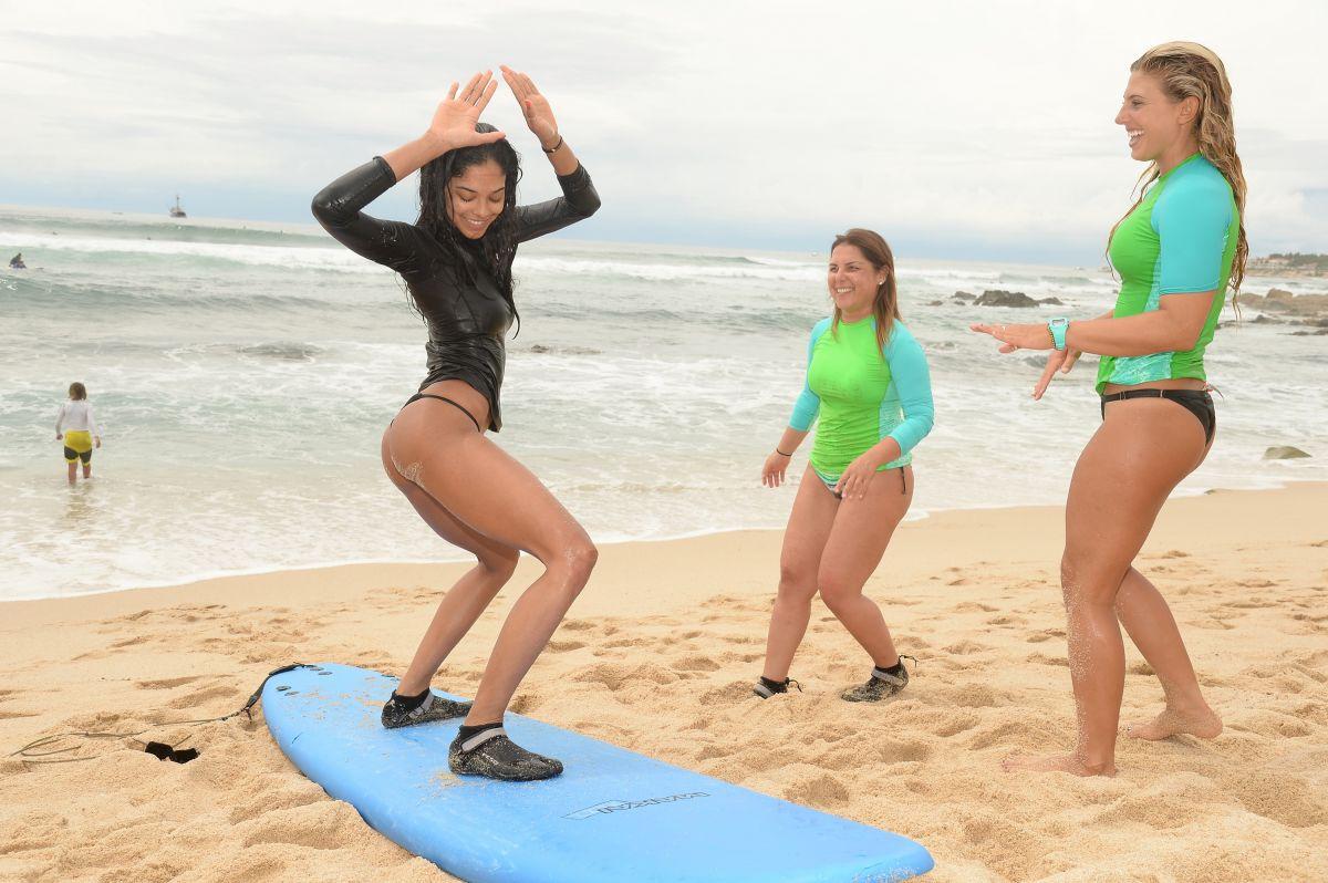HEIDY DE LA ROSA at Oakley Learn to Ride-surf in Cabo San Lucas