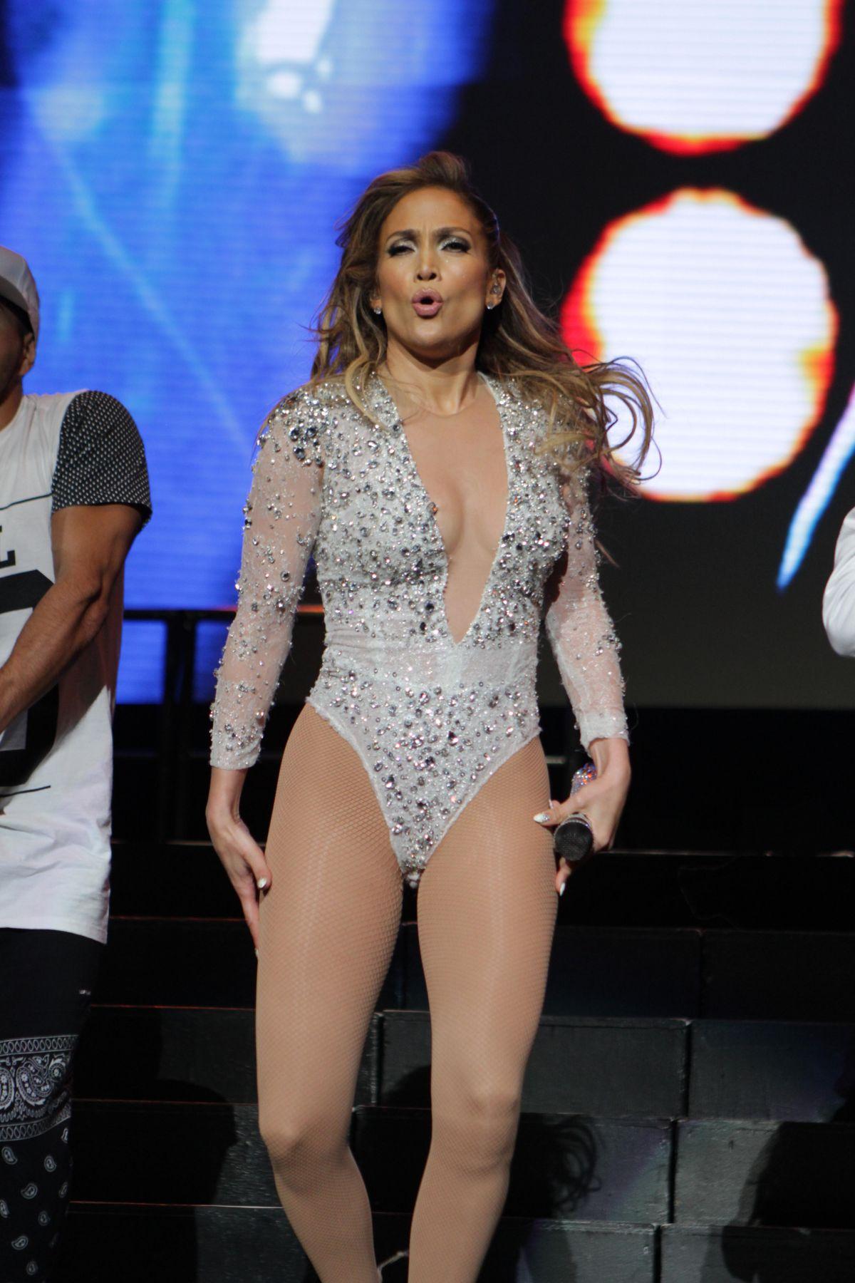 Lokht Jennifer Lopez