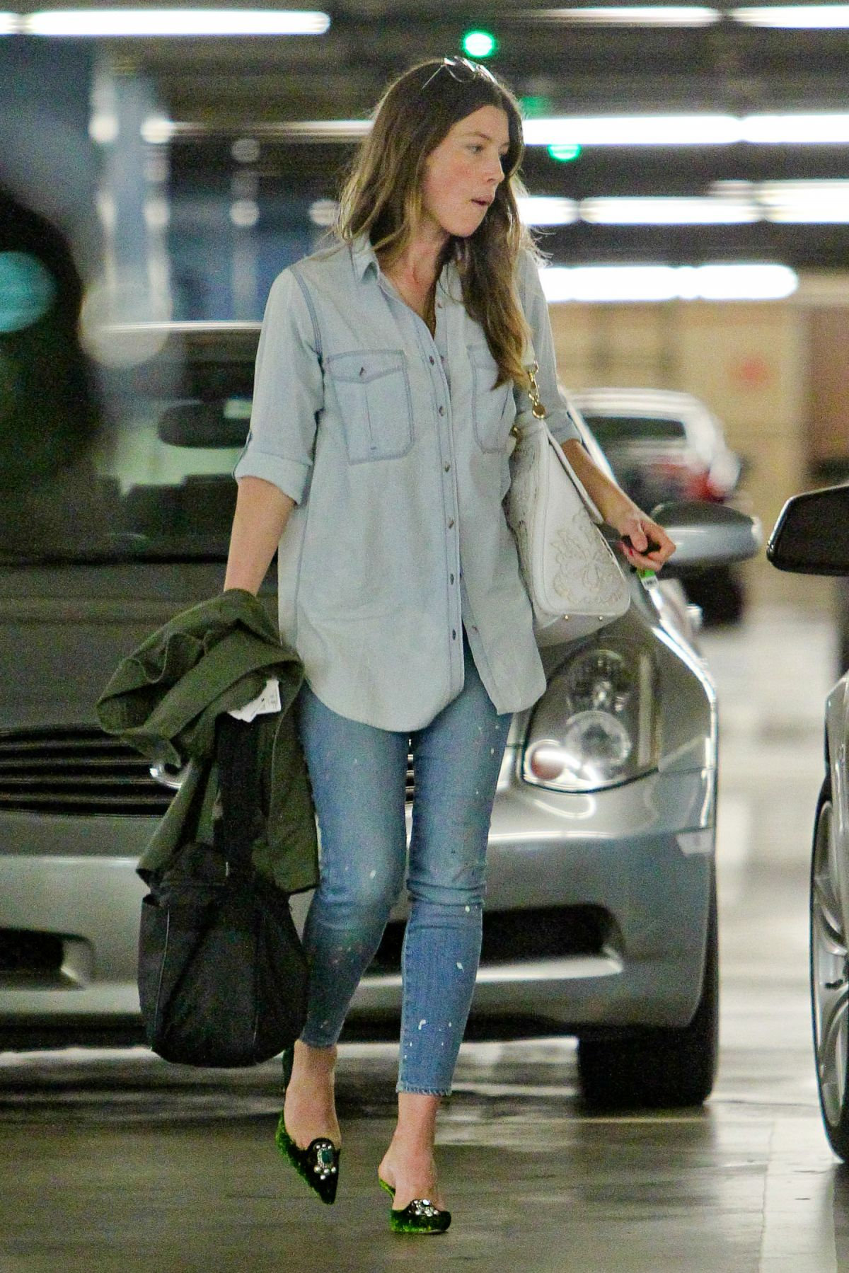 JESSICA BIEL Out and About in Century City 2506