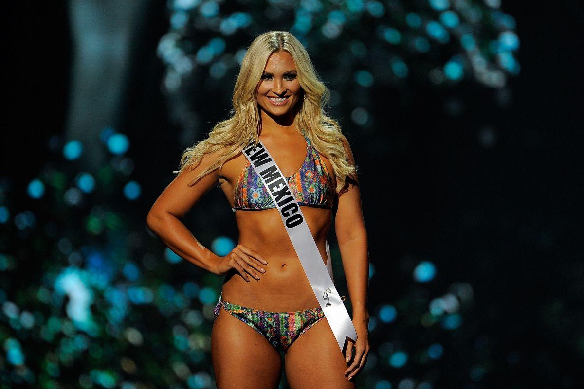 KAMRYN BLACKWOOD at Miss USA 2014 Preliminary Competition