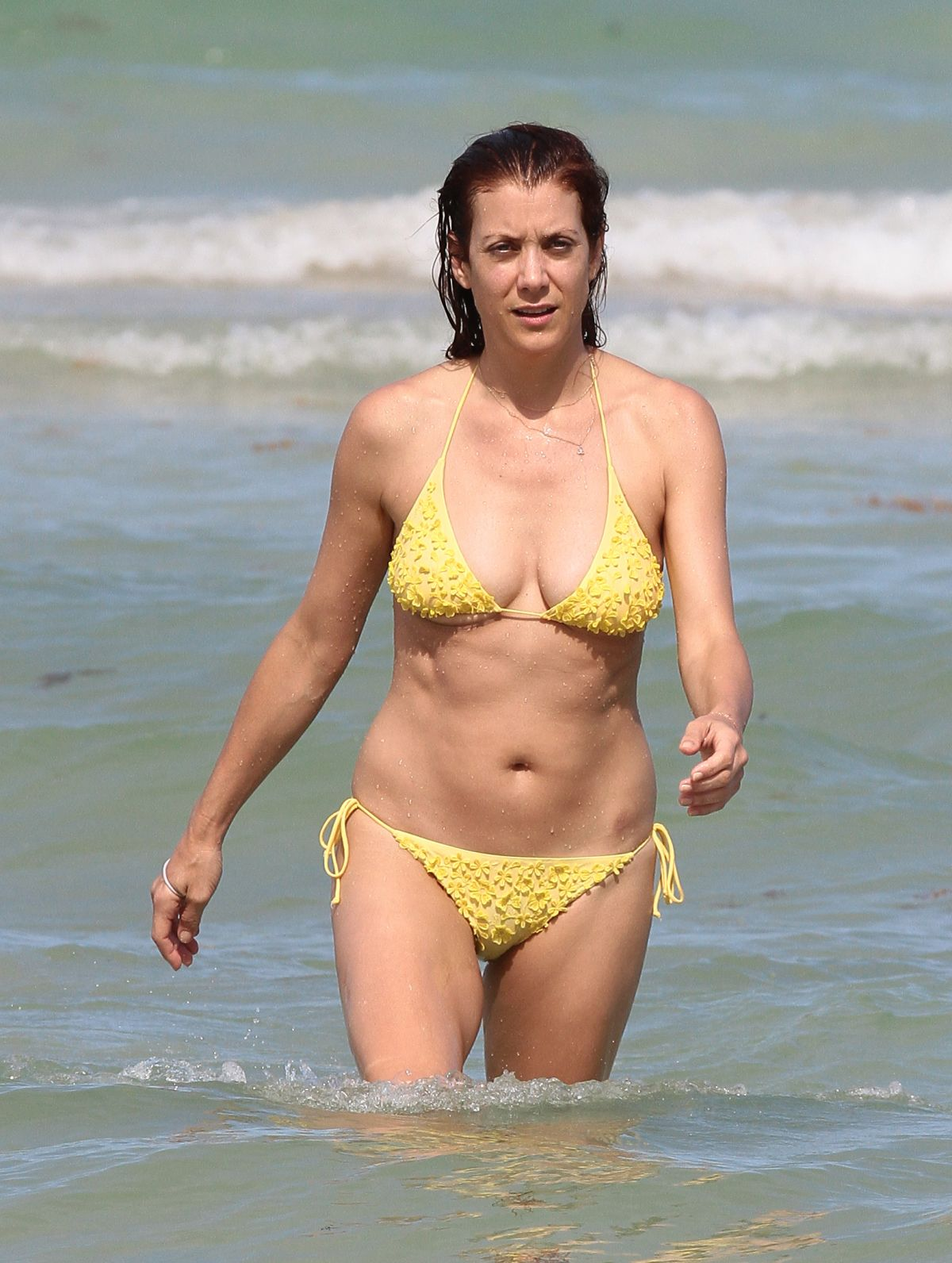 Kate Walsh In Bikini 56