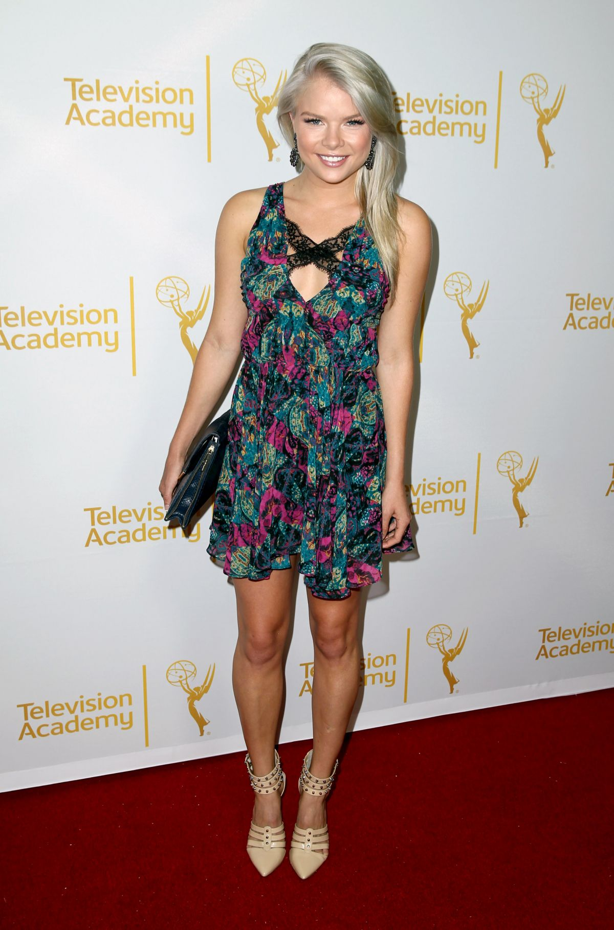 kelli goss young and the restless