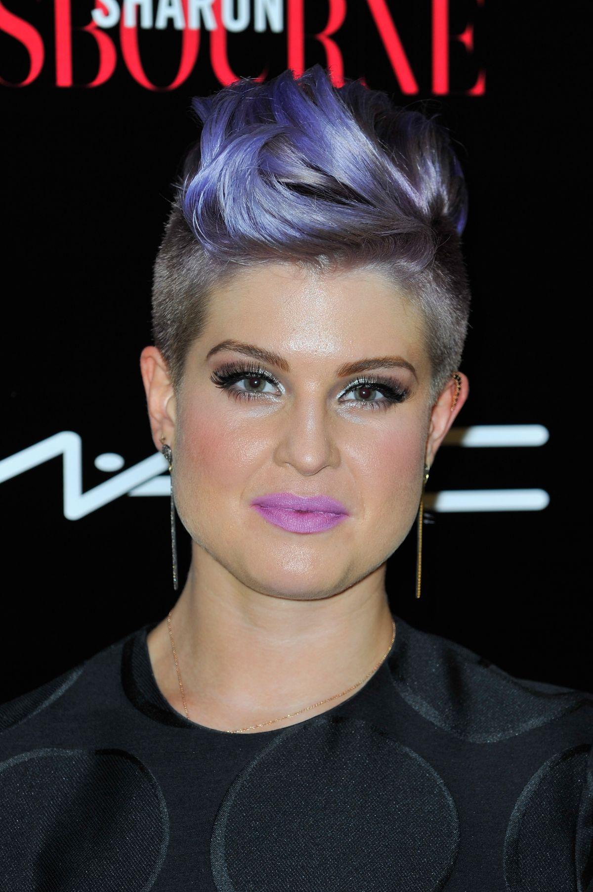 Kelly osbourne purple hair fashion police