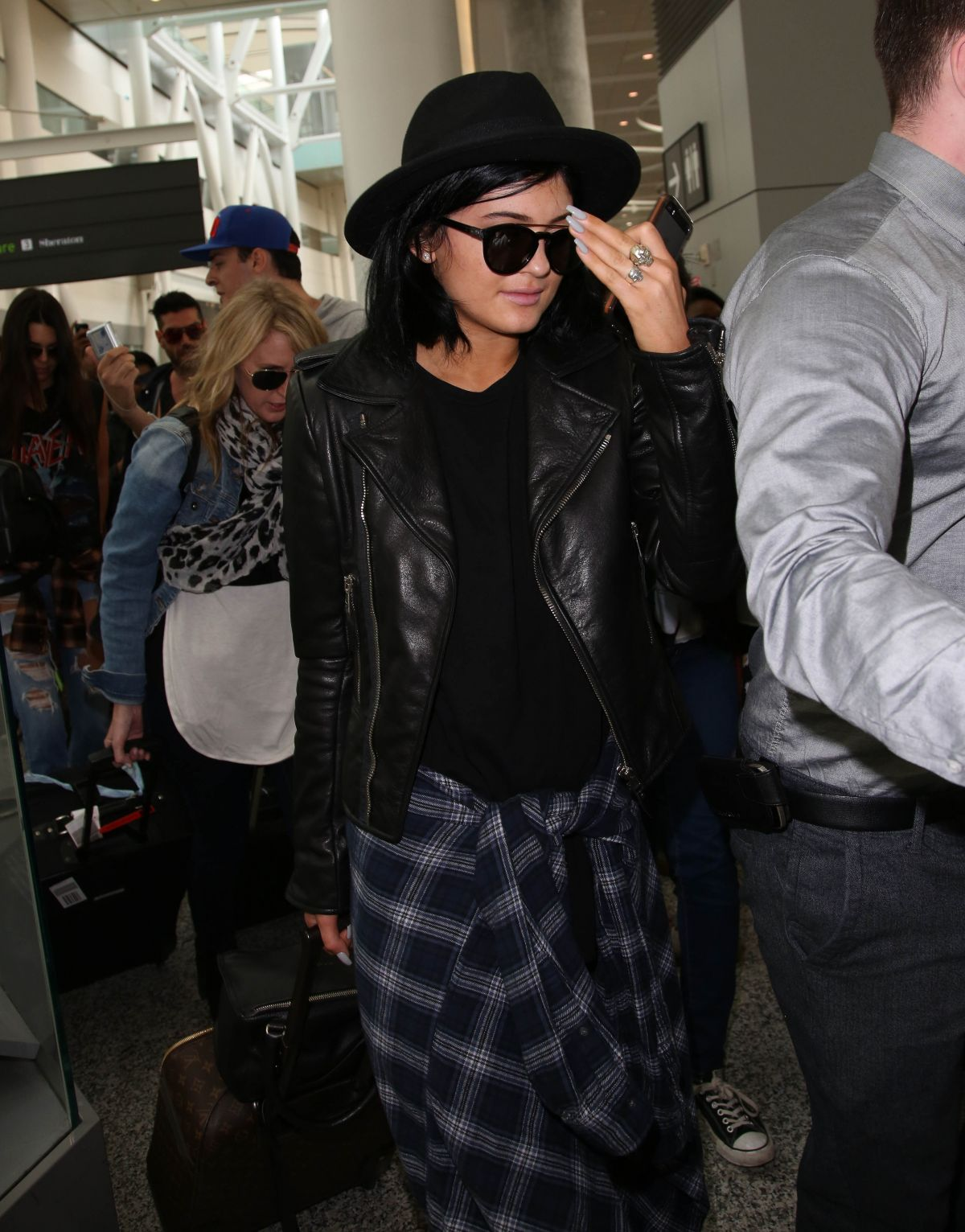 KYLIE and KENDALL JENNER at Pearson International Airport in Toronto