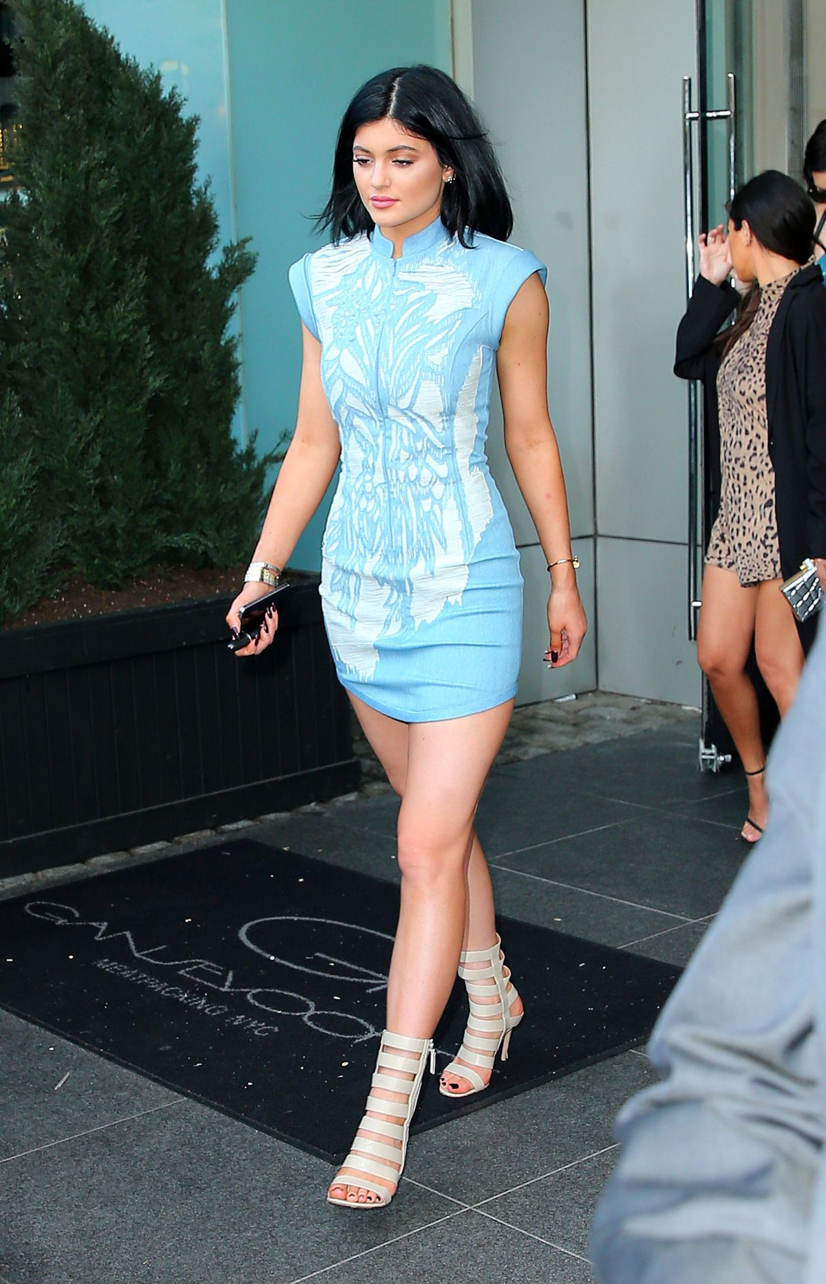 KYLIE JENNER Leaves Her Hotel in New York - HawtCelebs