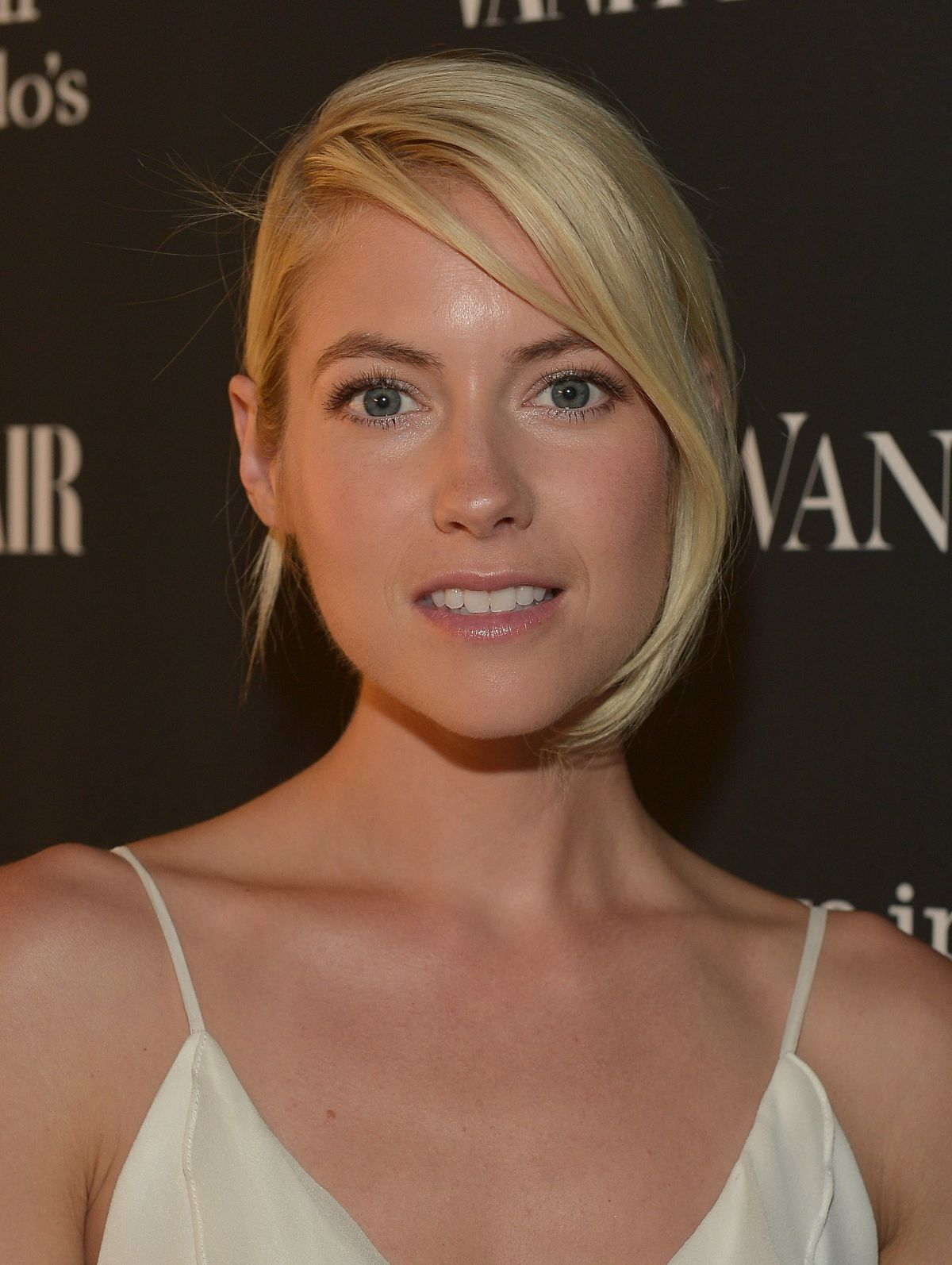 LAURA RAMSEY at Vanity Fair Celebrates Opening of Vera Wang in Beverly Hills