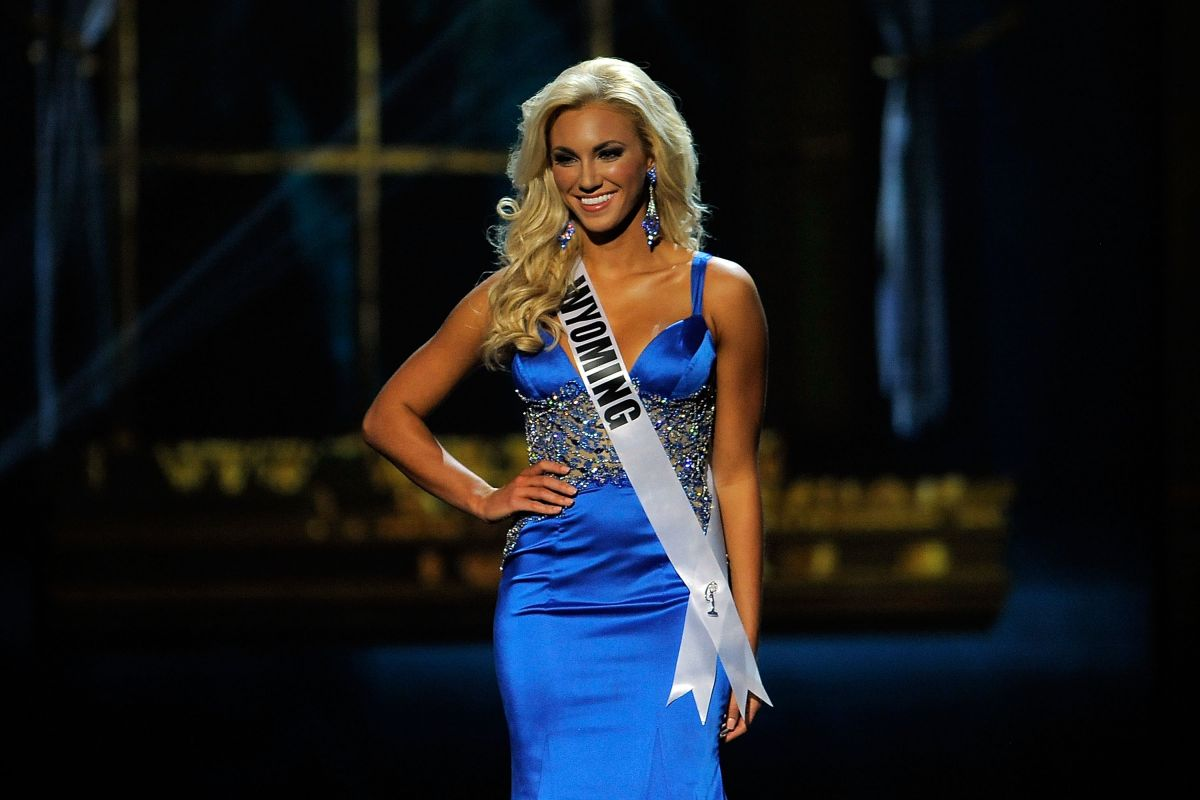 LEXI HILL at Miss USA 2014 Preliminary Competition