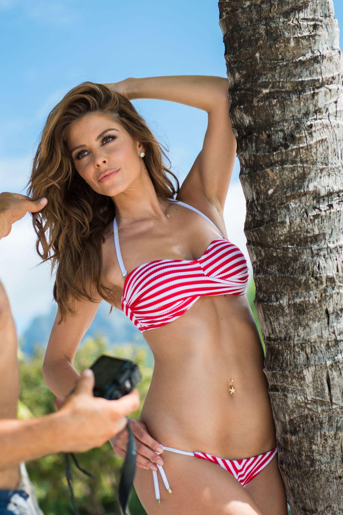 Maria Menounos In Bikini 22