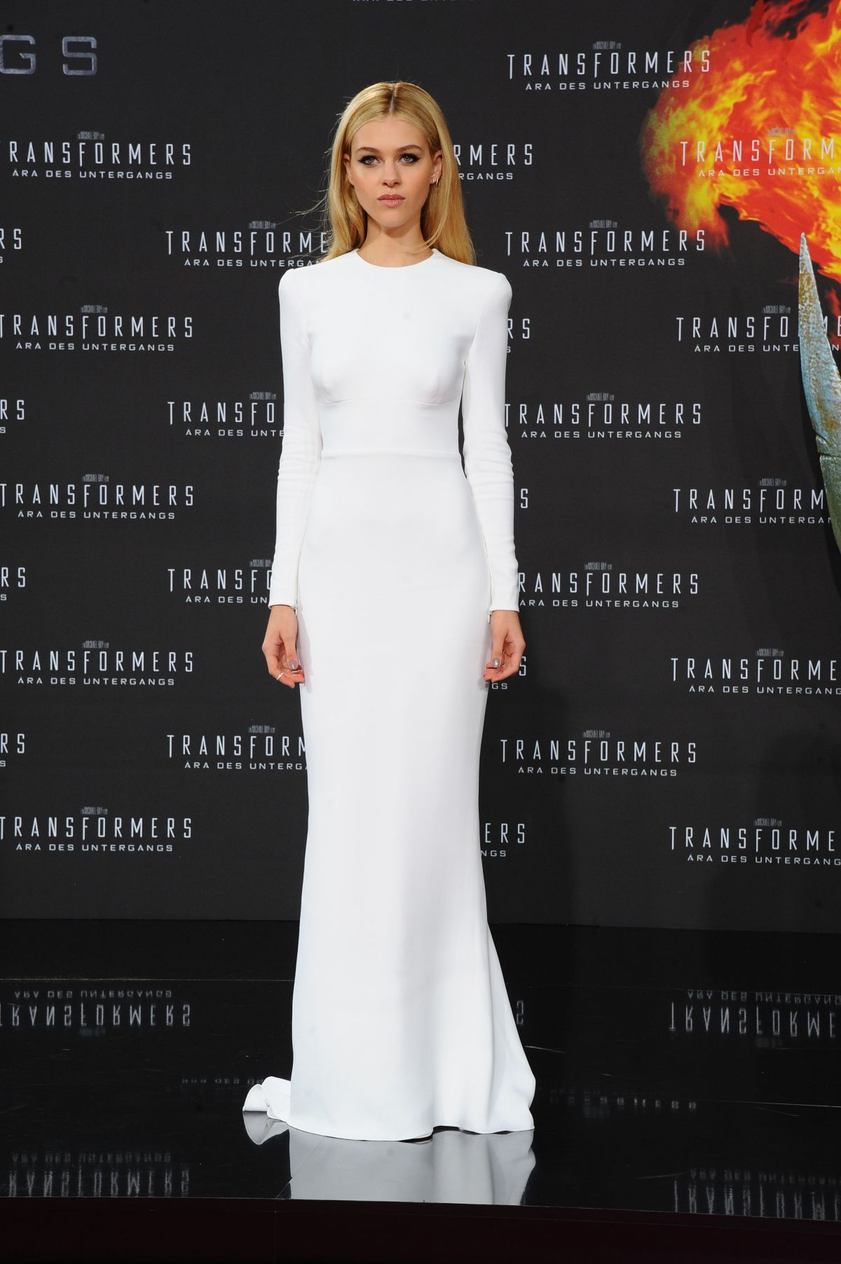 NICOLA PELTZ at Transf...