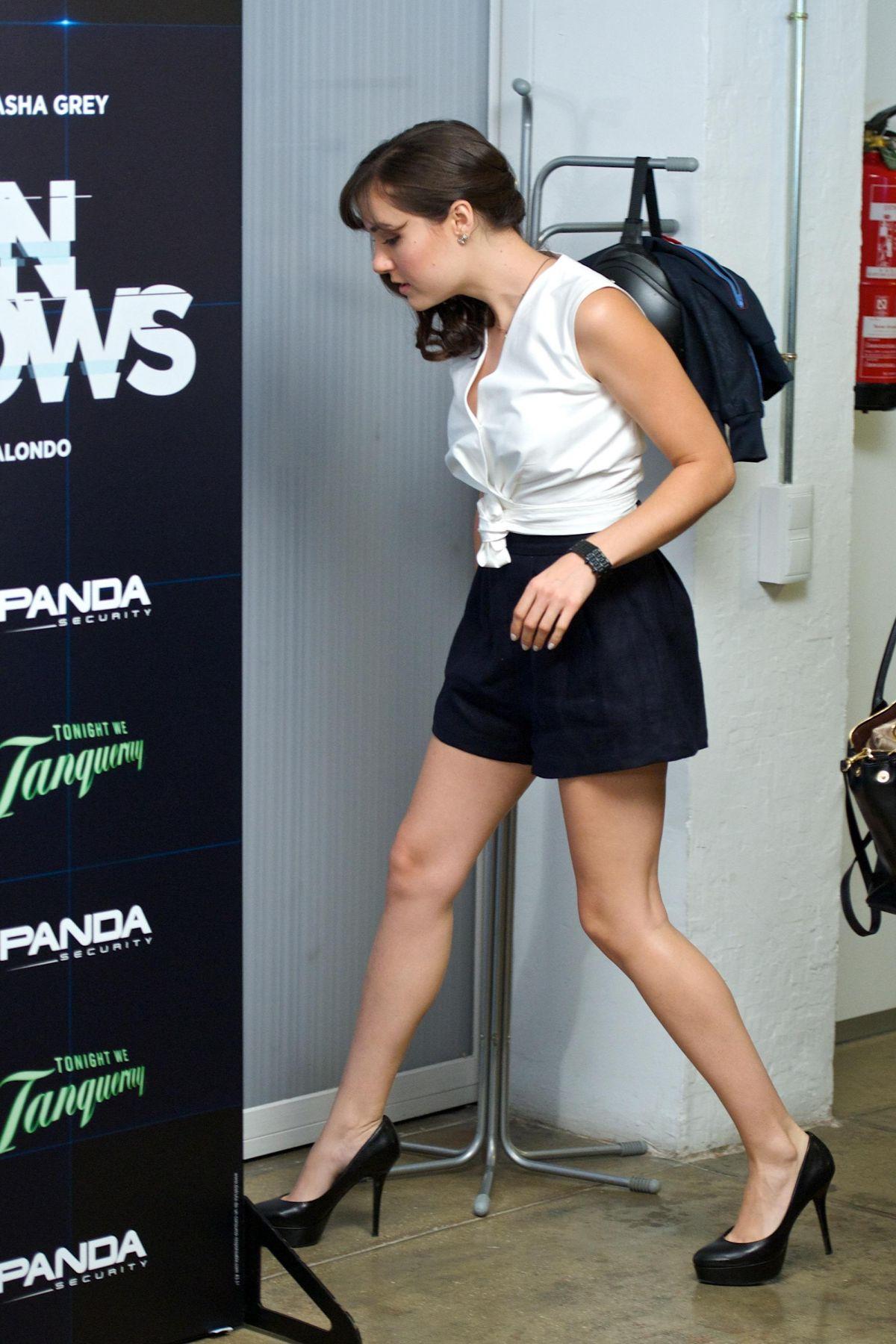 high heels grey Sasha
