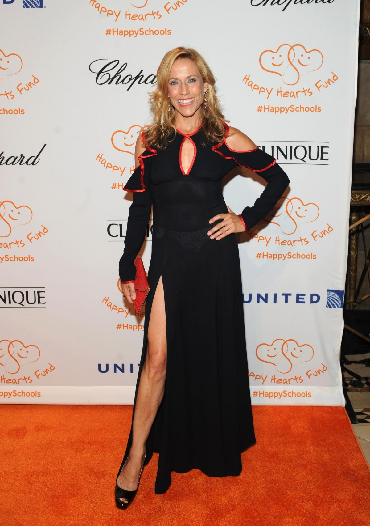 SHERYL CROW at Happy Fearts Fund 10 Tear Anniversary in New York